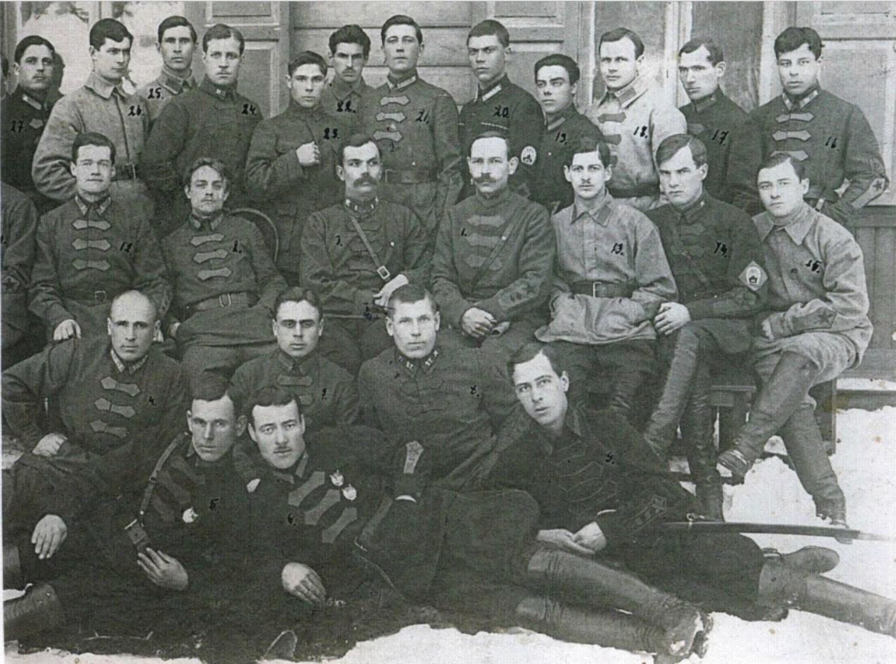 1923. Командование и слушатели Высшей кавалерийской школы.