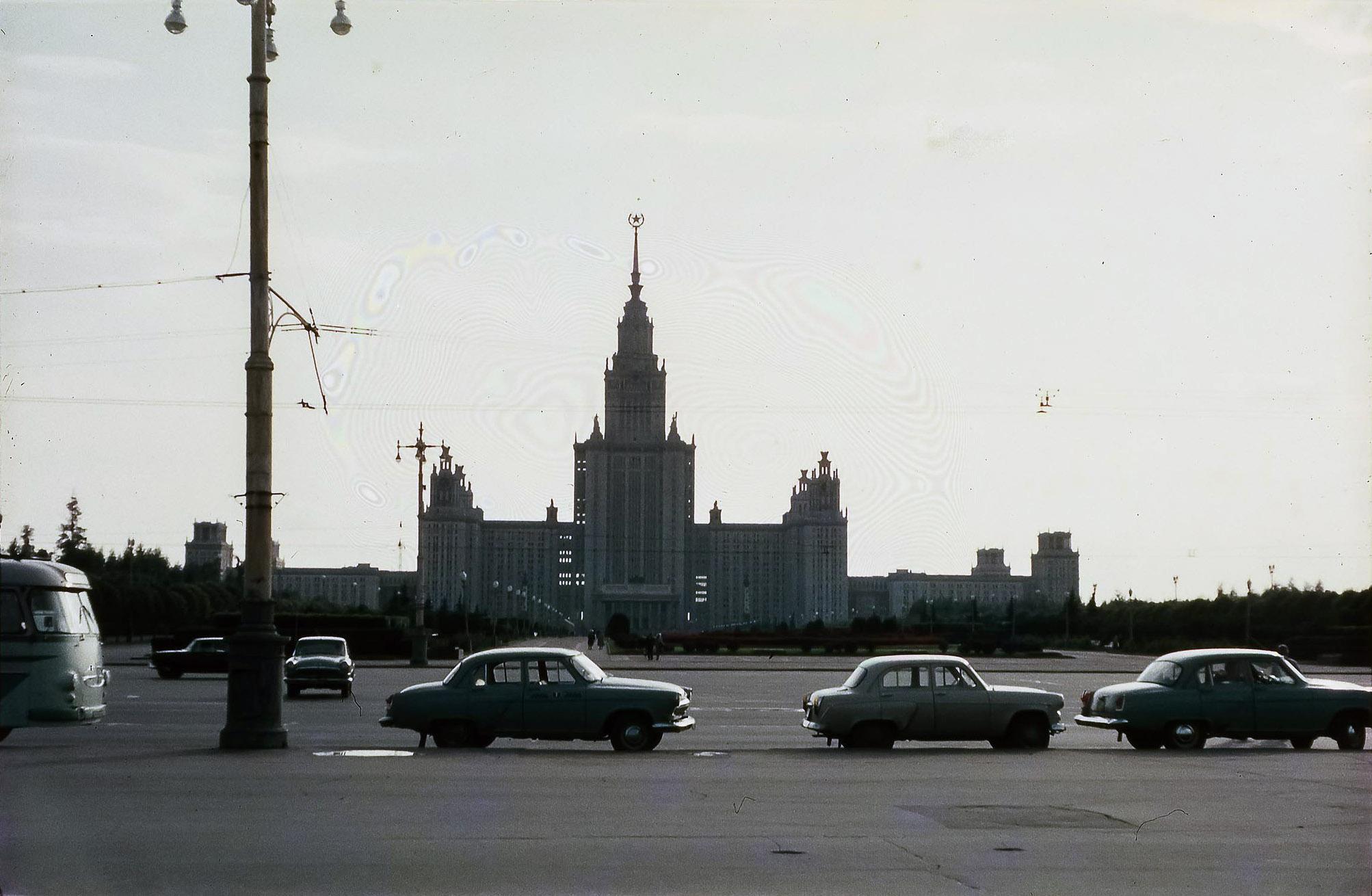 МГУ. Главное здание МГУ