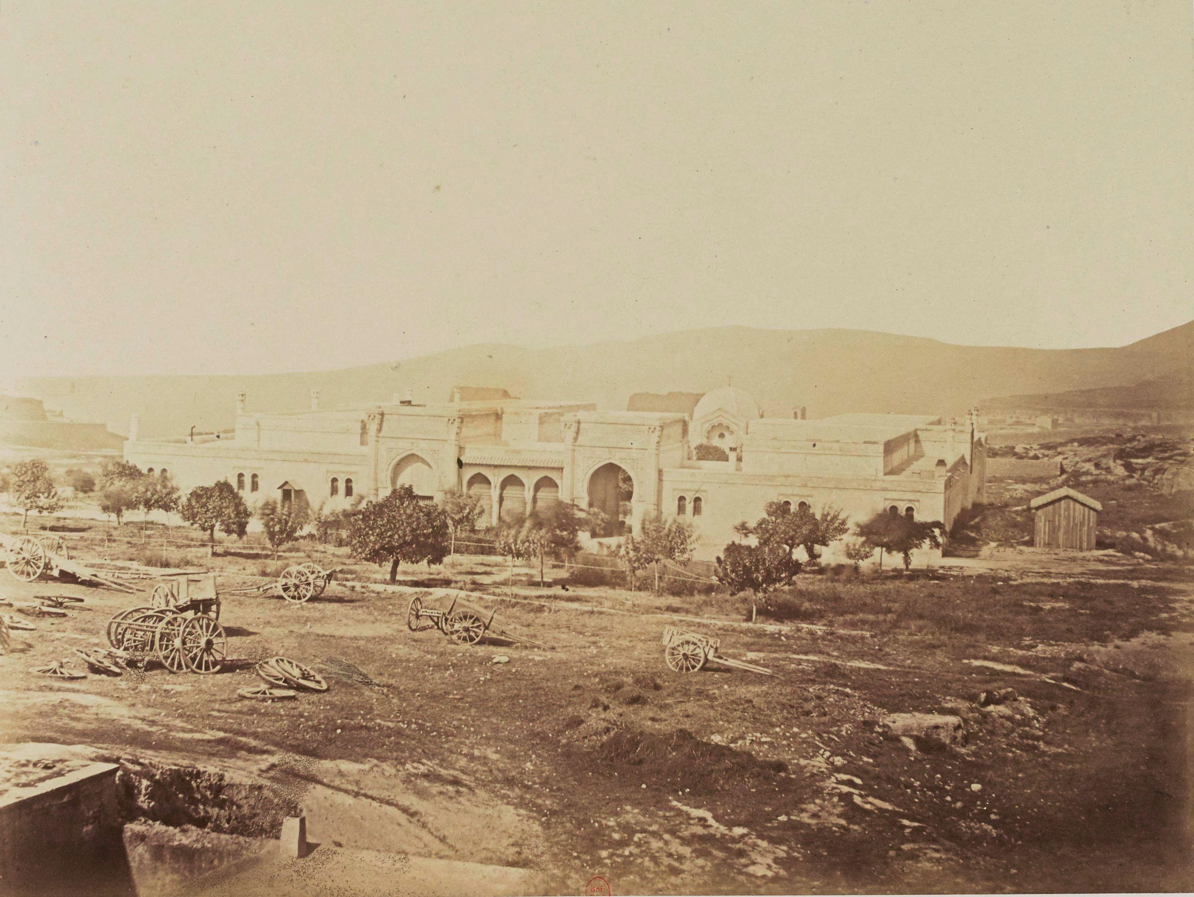 25. Оранский гражданский хоспис. Вид из деревни Негро