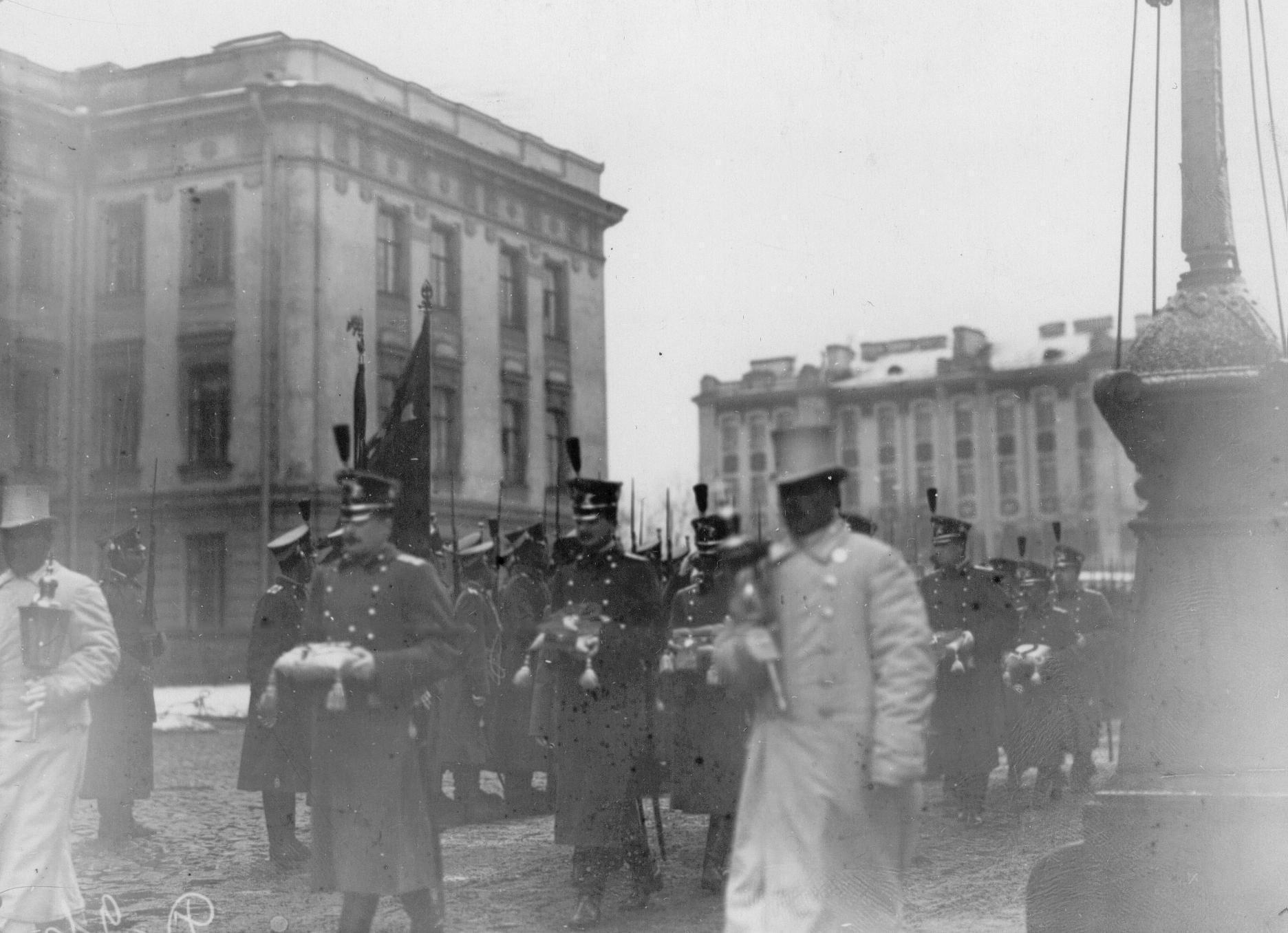Офицеры батальона - участники похорон командующего батальоном, военного инженера, генерал-адъютанта Николая I  Карла Андревича Шильдера