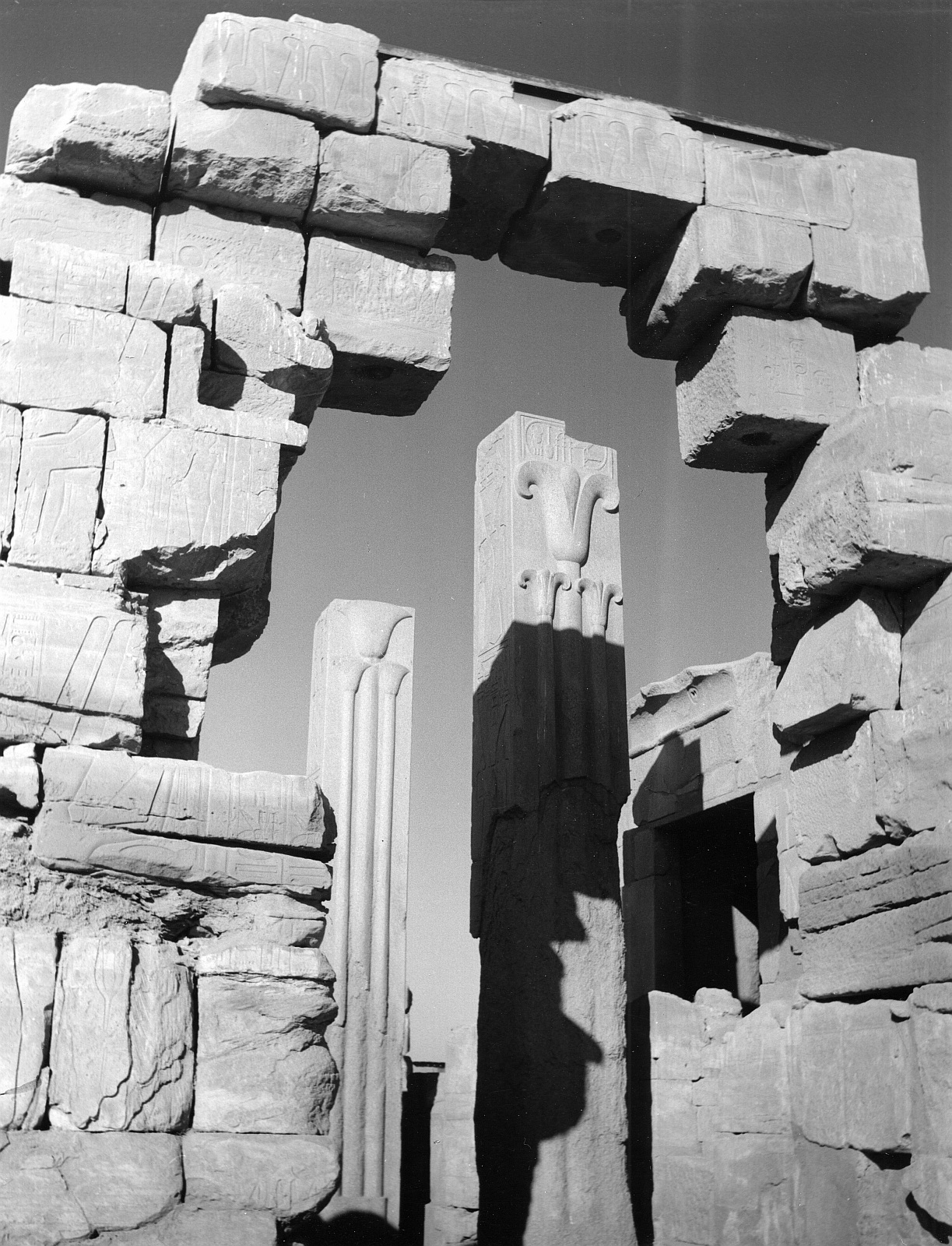 Карнак. Вид со двора Тутмоса III