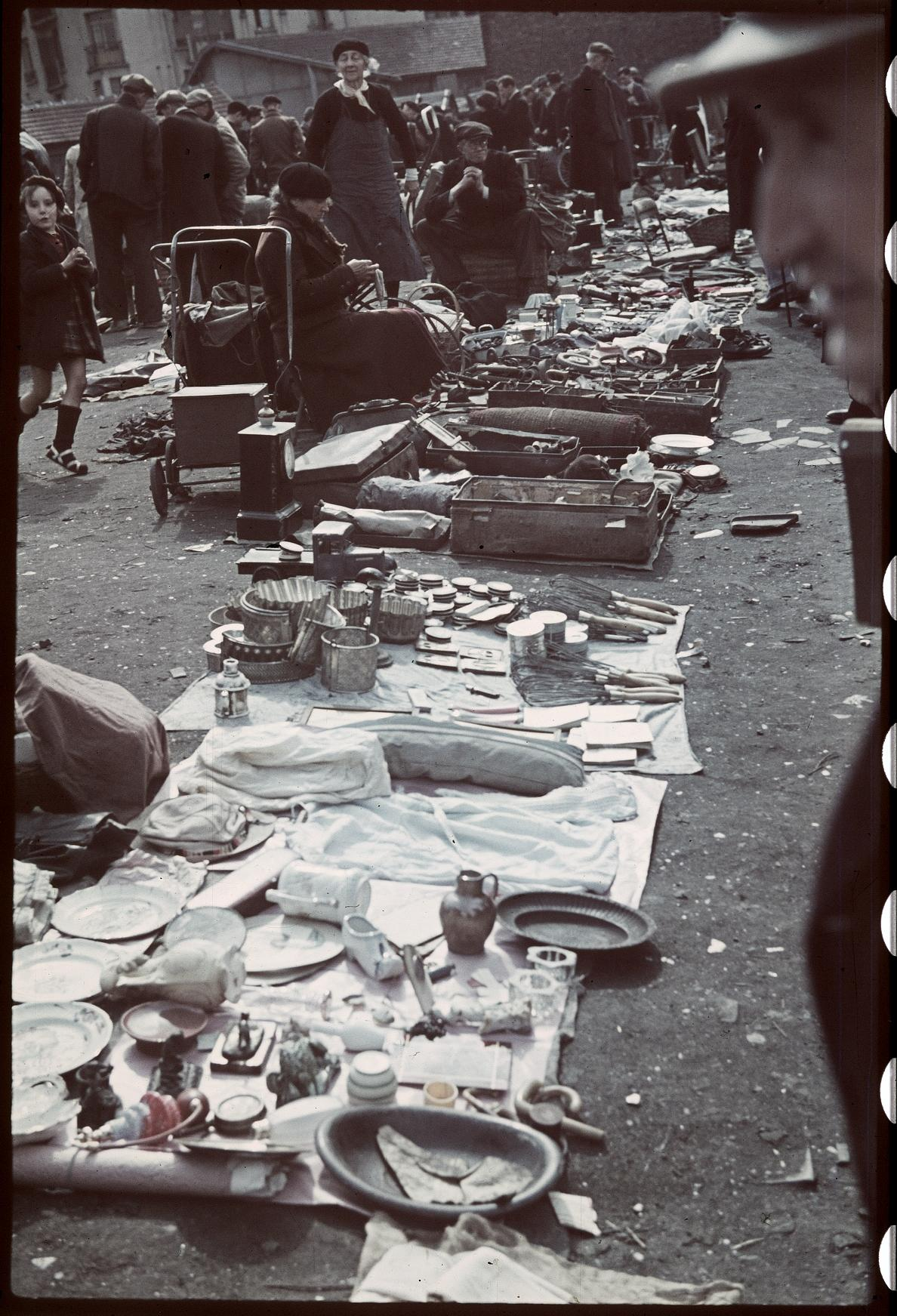 Блошиный рынок Сент-Уэн