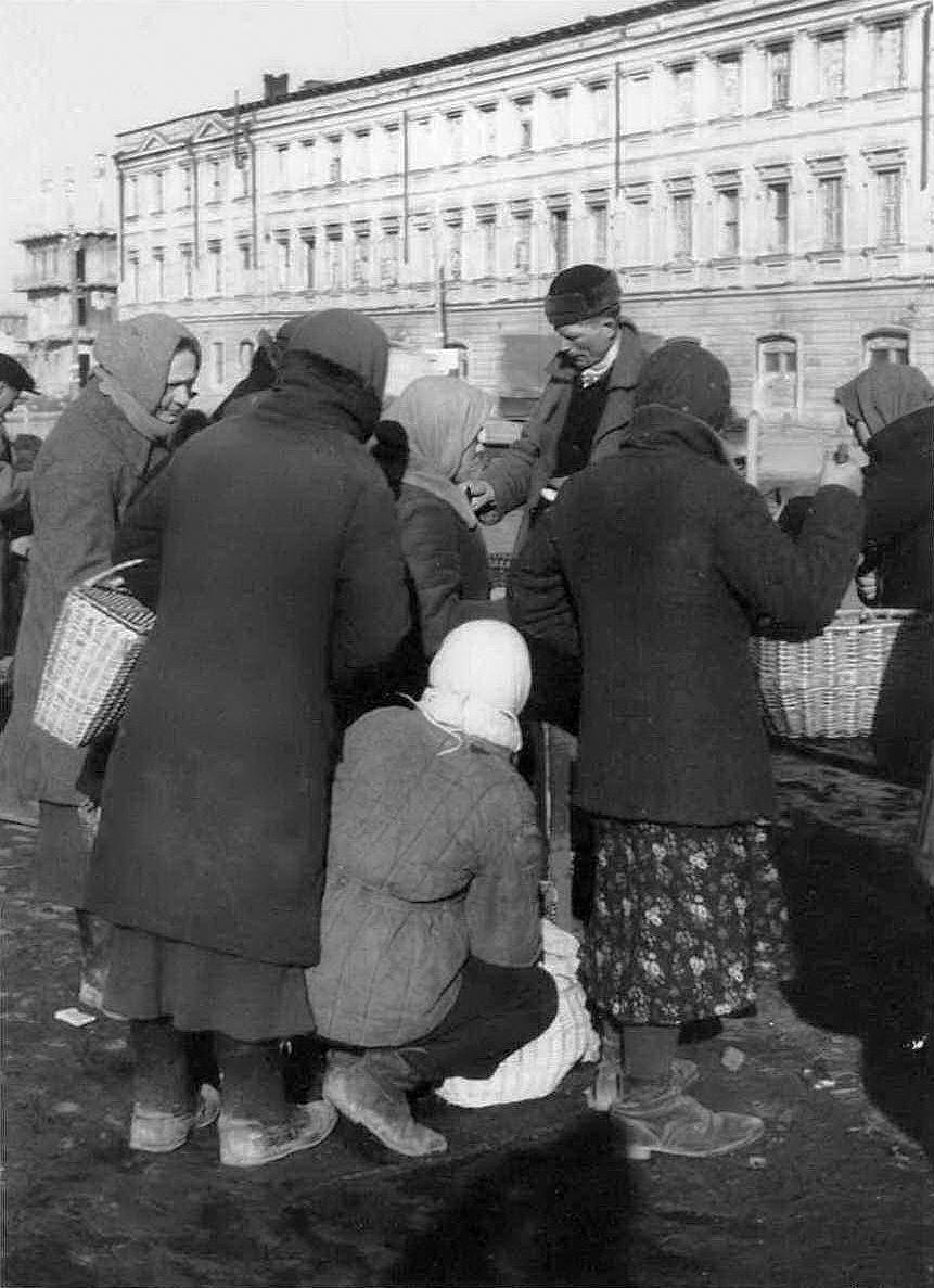 1943. Рынок на Сенной площади1