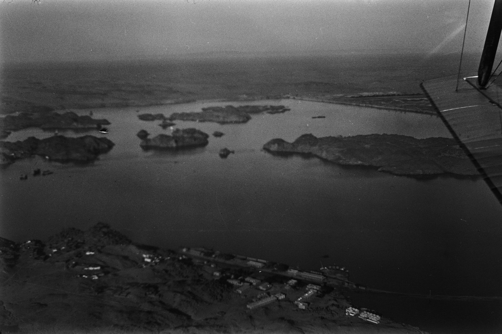 Египет. Вид Асуанского водохранилища