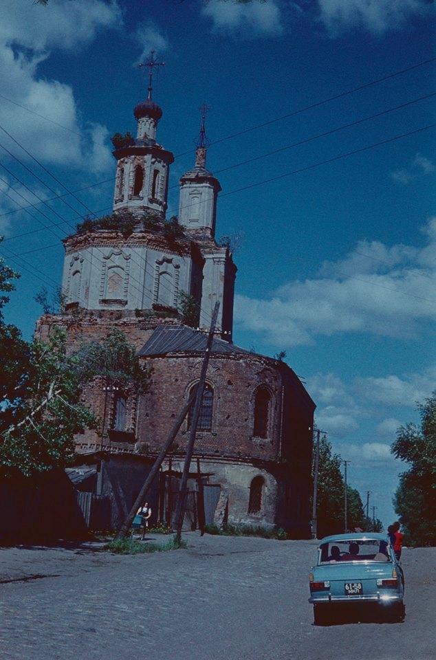 Вязьма. Введенская церковь