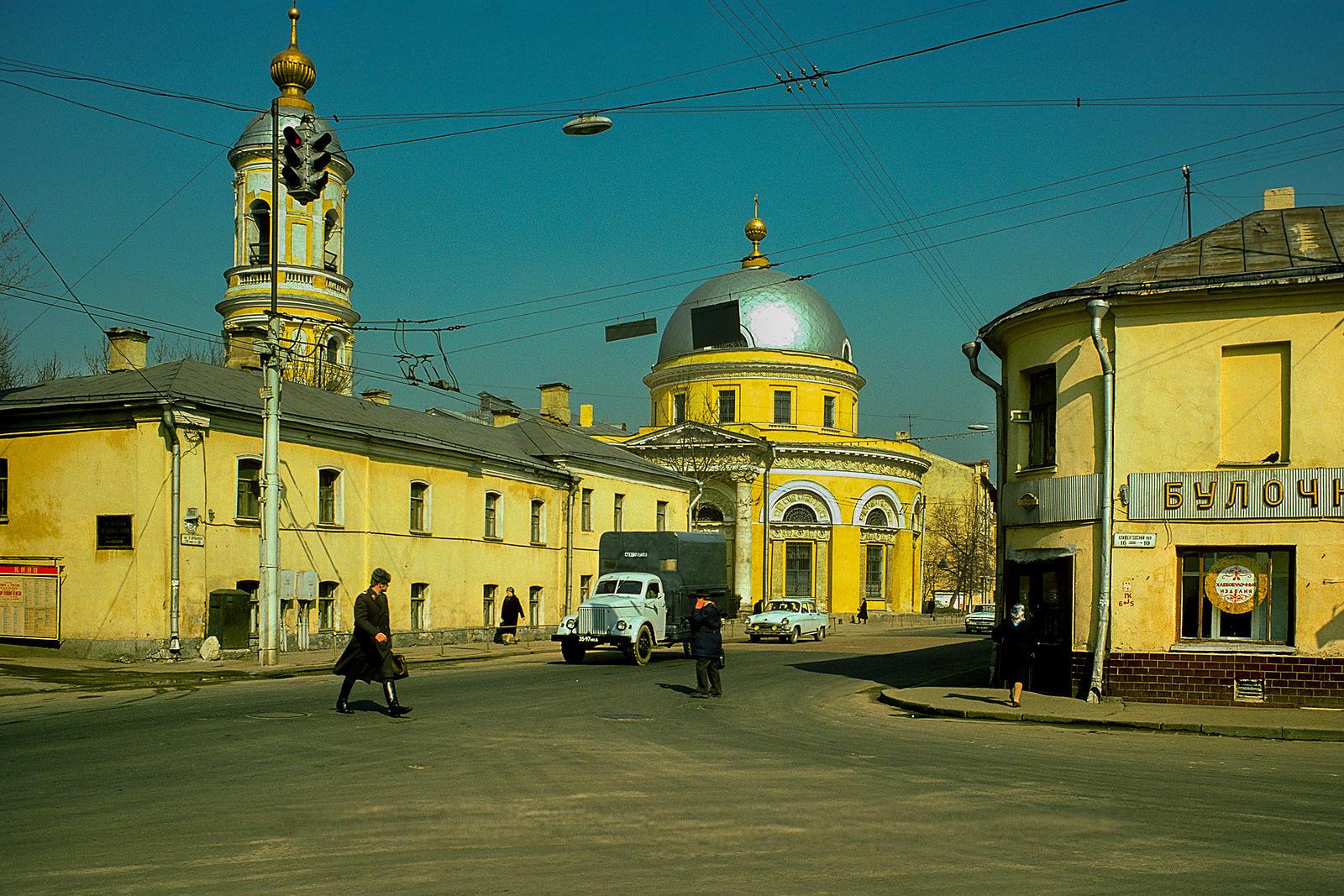 Угол Большой Ордынки и Климентовского переулка