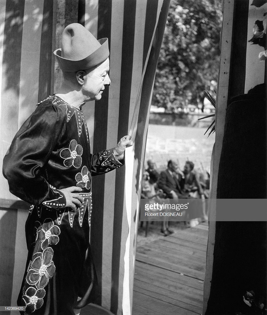 1944. Один из клоунов Фрателлини, Париж