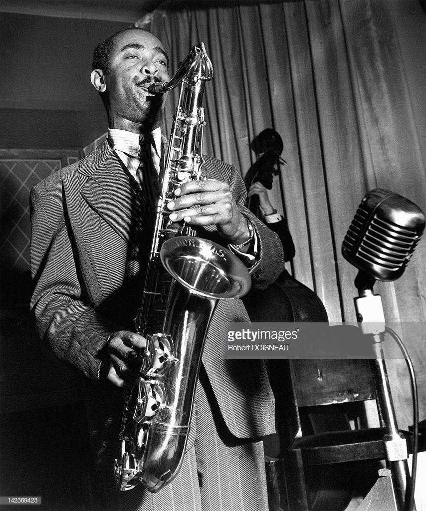 1951. Выдающийся американский джазовый тенор-саксофонист Дон Байас. Париж