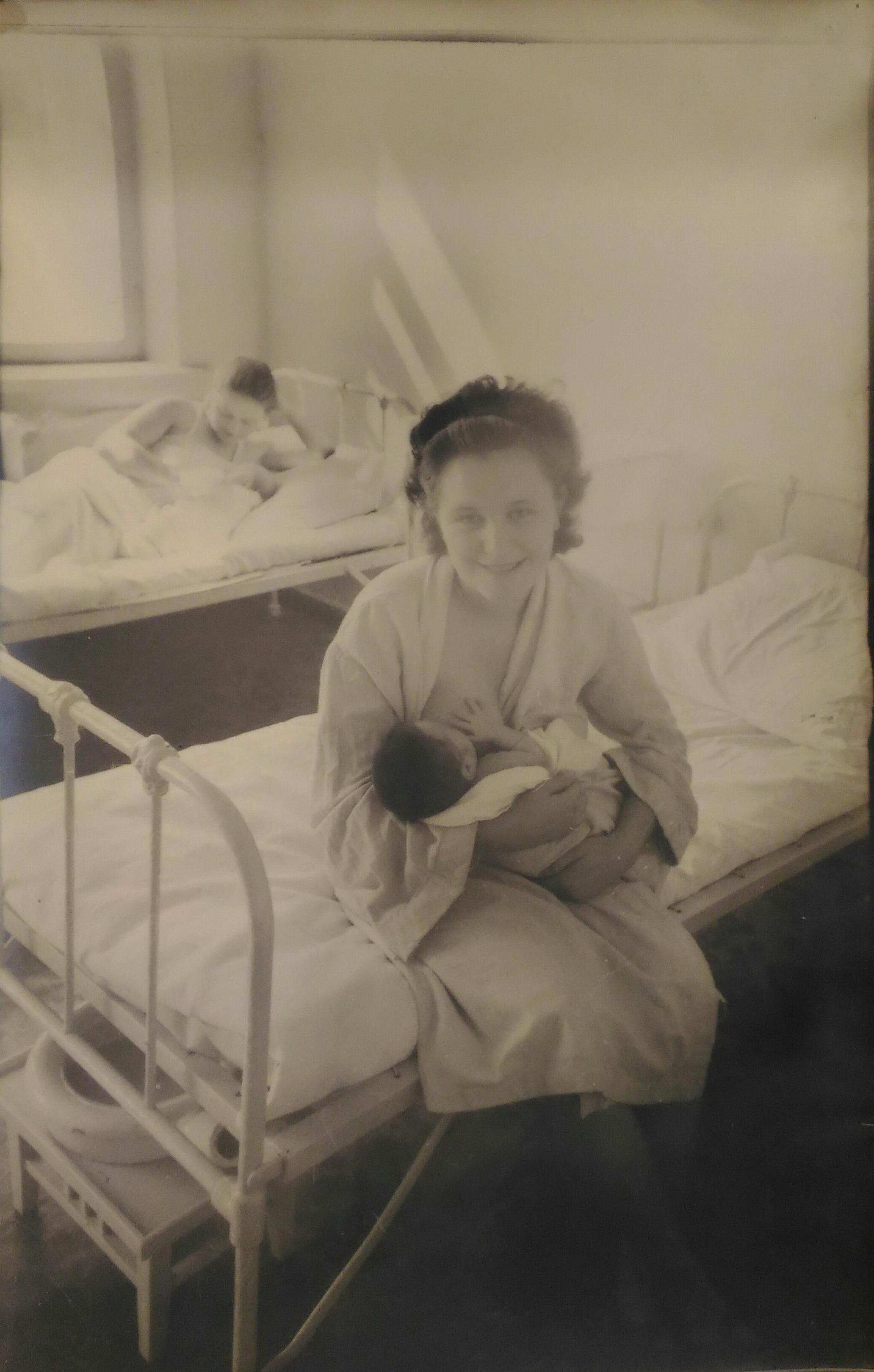 Ковригин В.В. «Кормящая мать»