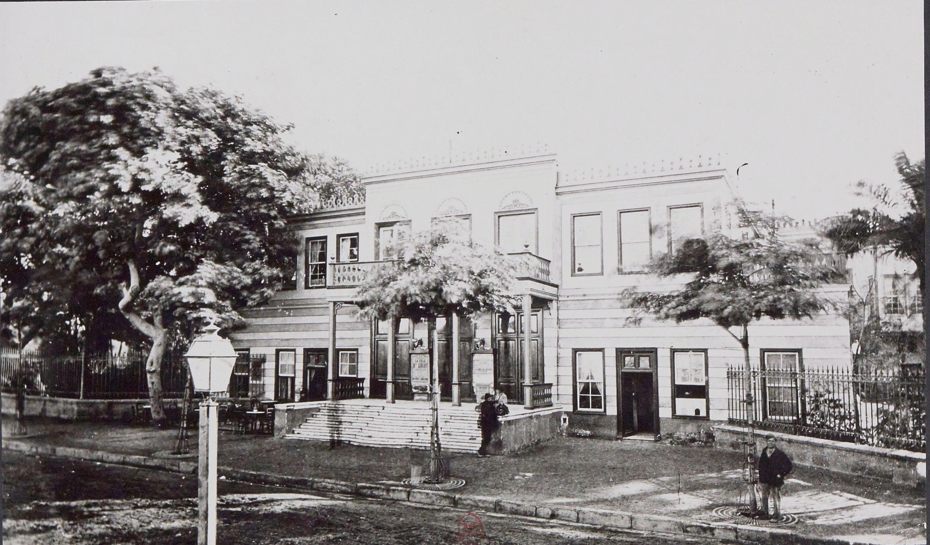 1870. Театр в саду Есбека