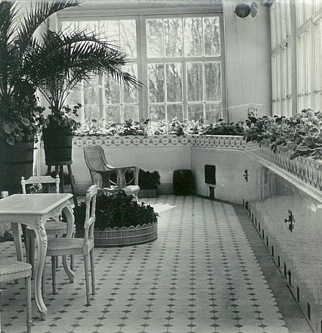 Зимний сад в усадебном доме