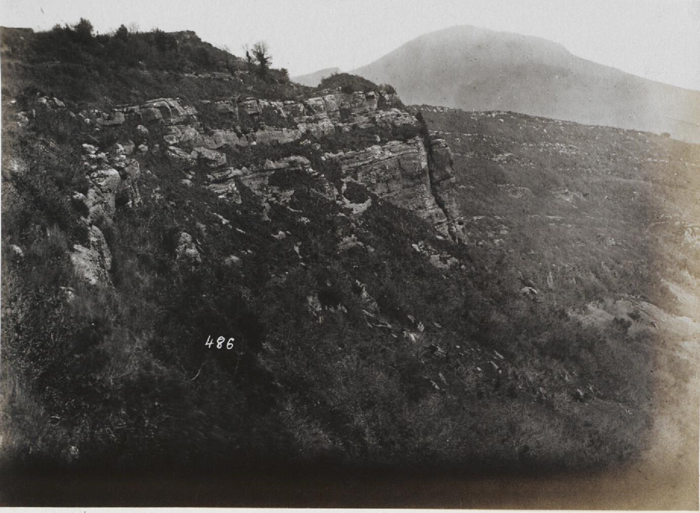Альба-Лонга.  Отвесная скала (2)