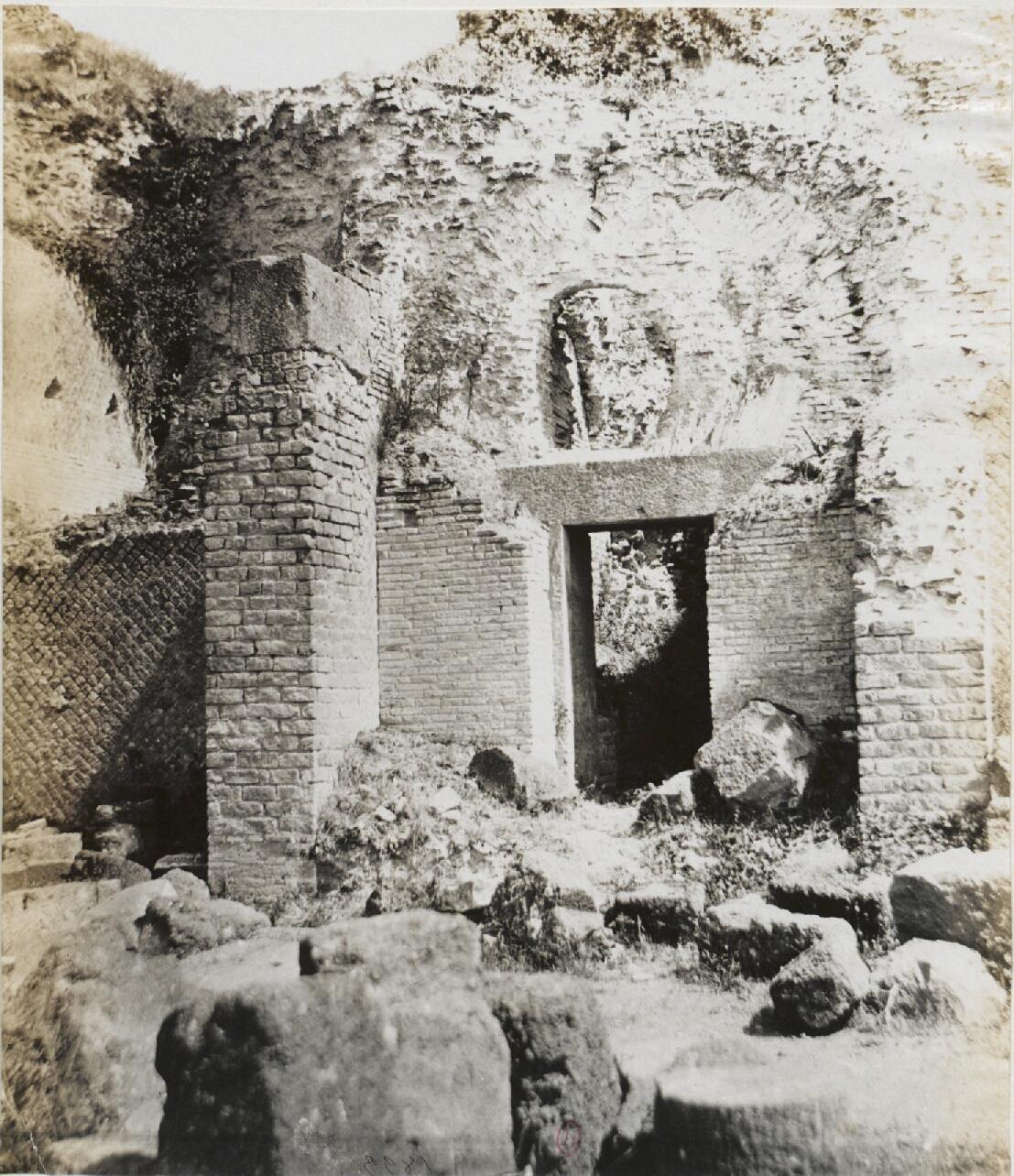 Тускул.  Дом Цицерона. Западная сторона, демонстрирующая строительство разных периодов