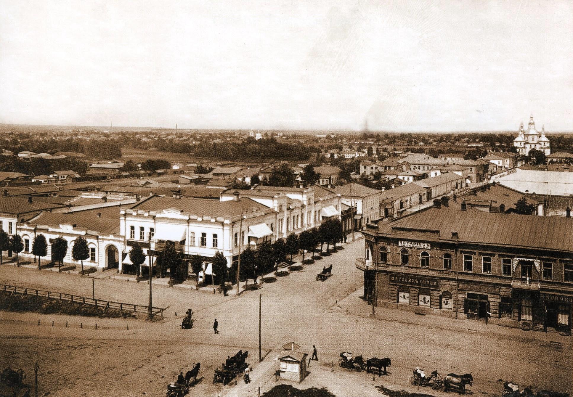 Воскресенская улица c колокольни Введенской церкви