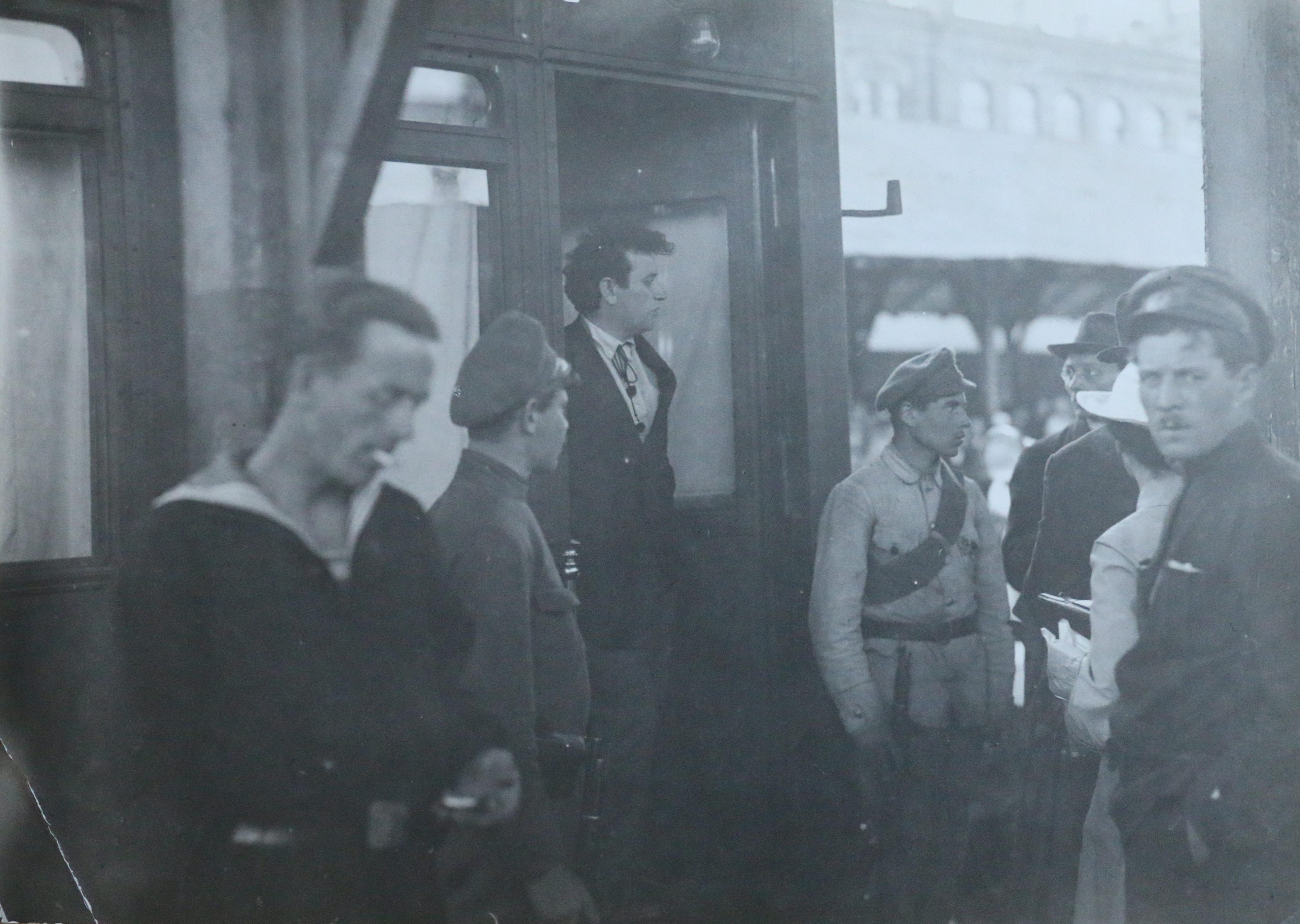 1918. Григорий Зиновьев на Николаевском вокзале