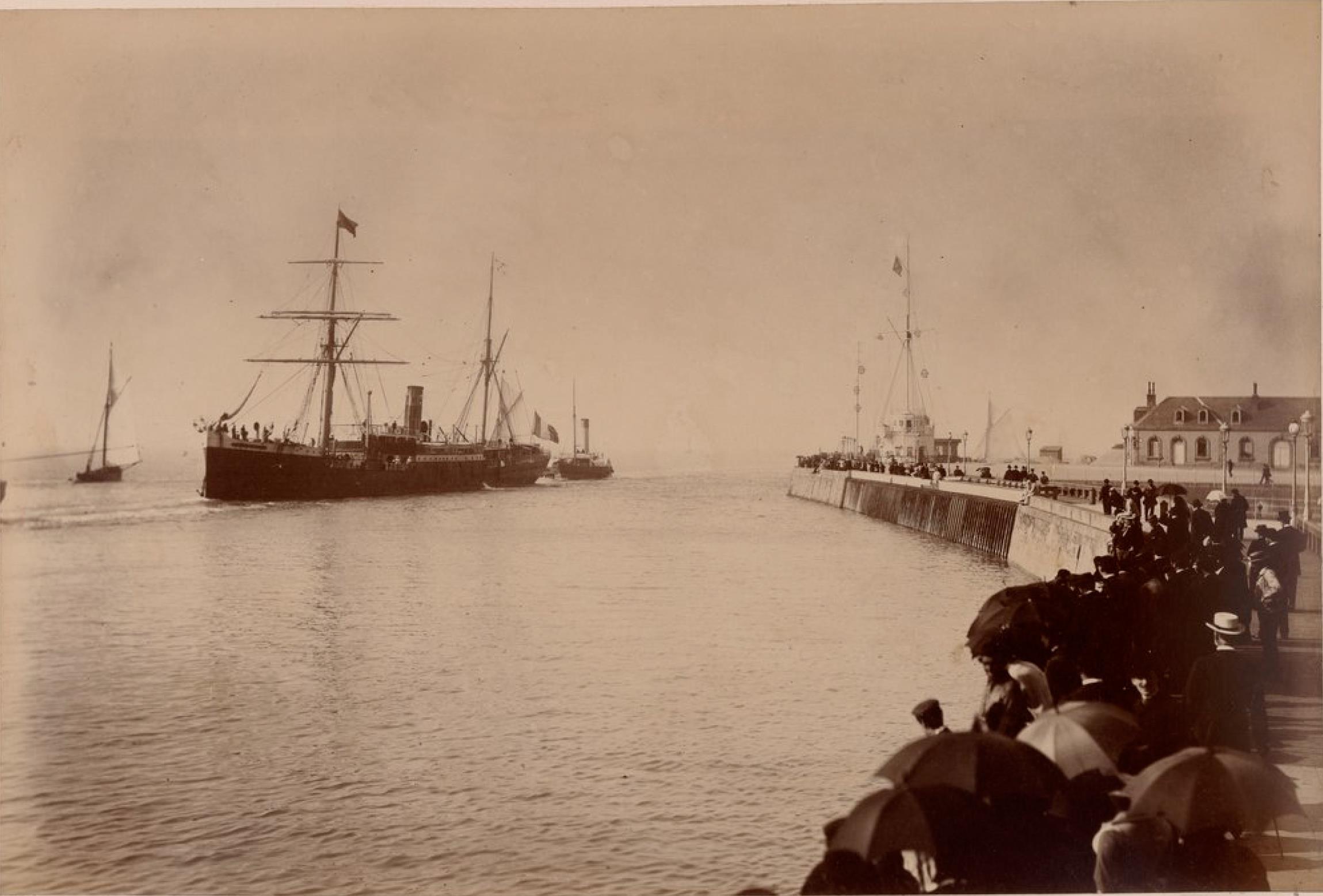 Компания «Chargeurs Reunis». Гавр. Пассажирское судно «Город Мараньян». Линия Гавр - Южная Америка