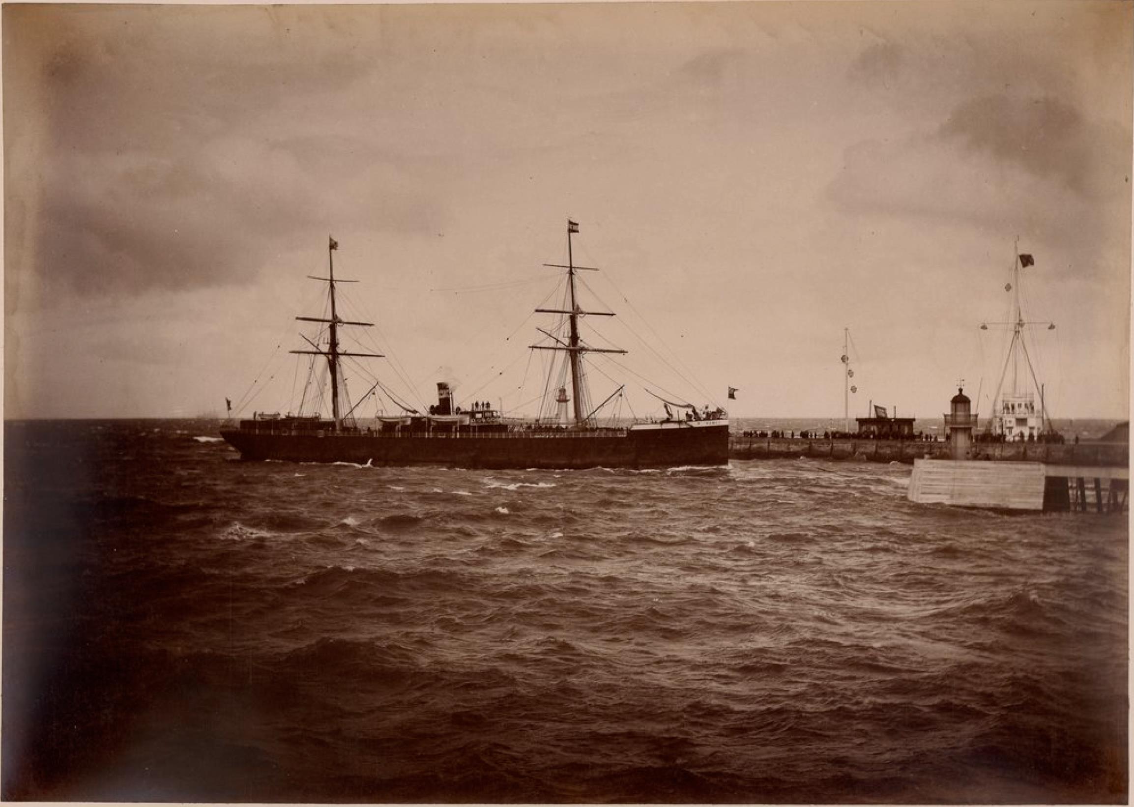Компания «Chargeurs Reunis». Гавр. Пассажирское судно «Пампа». Линия Гавр - Южная Америка