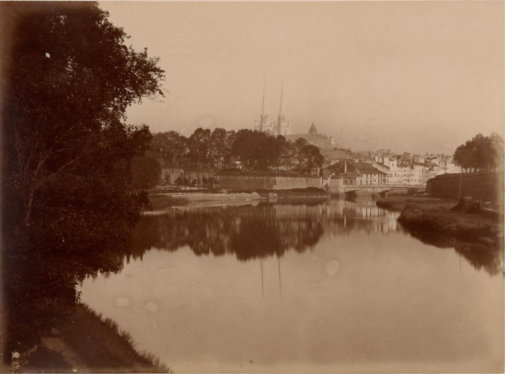 Байонна. Вид с моста Ниве