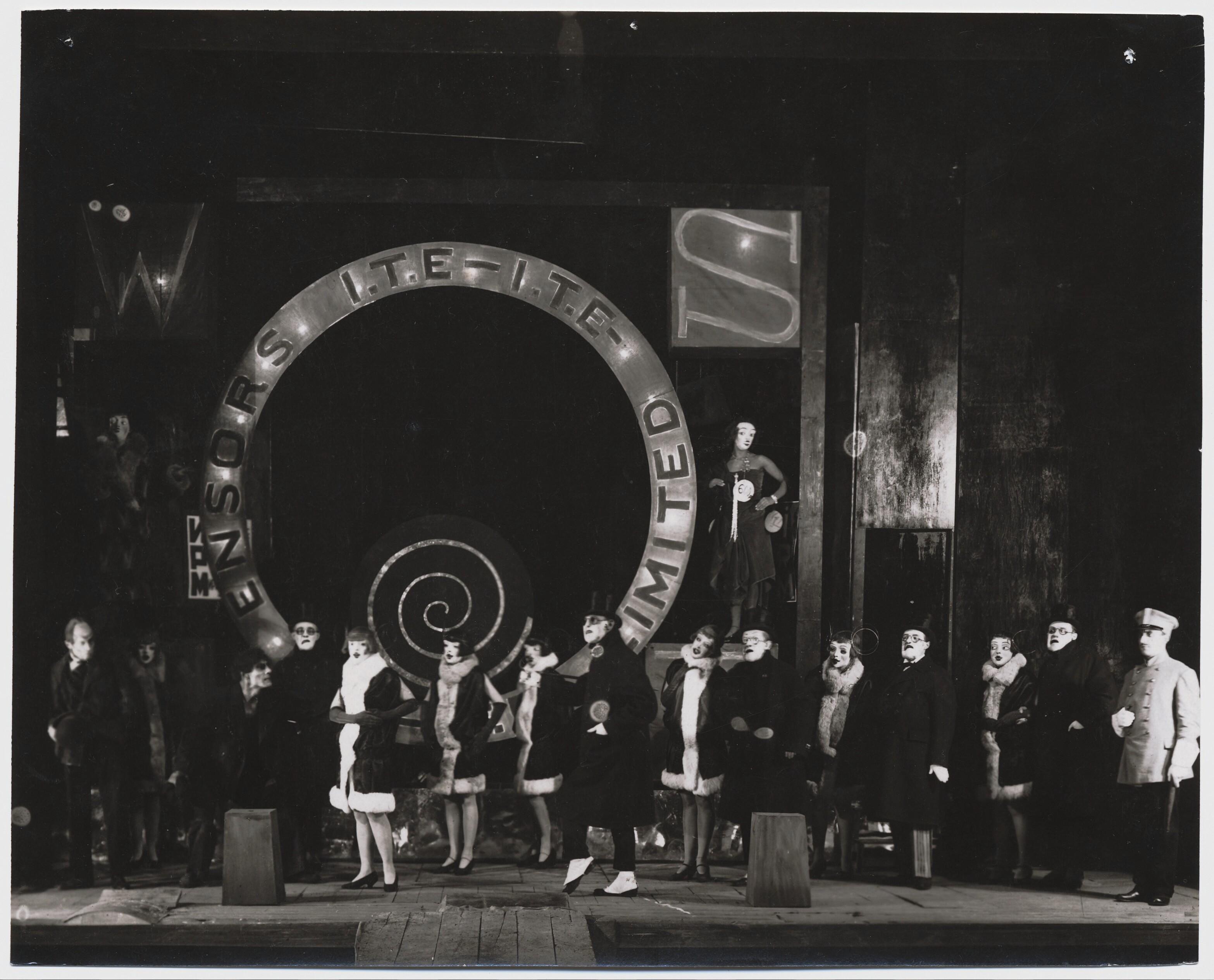 1926. Сцена из «Косматой обезьяны» в Камерном театре, Москва