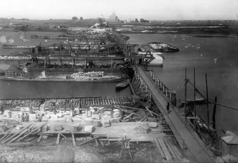 29 августа 1863. Строительство моста через Оку. Вид с Рязанского берега.