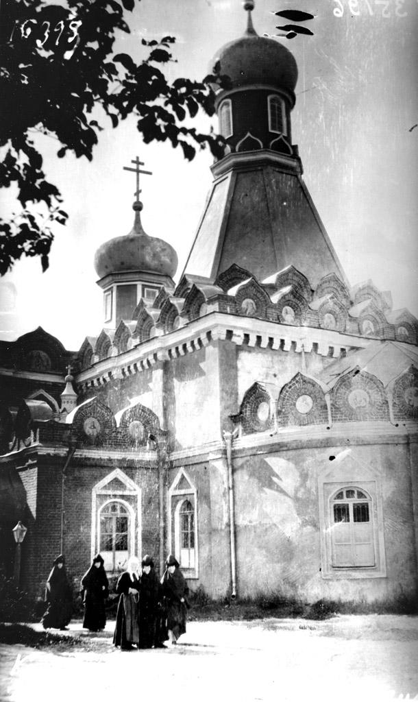 Успенский Брусенский женский монастырь, церковь Успения Пресвятой Богородицы.