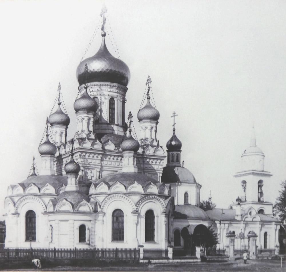 Церковь Всех Святых в Боброве1