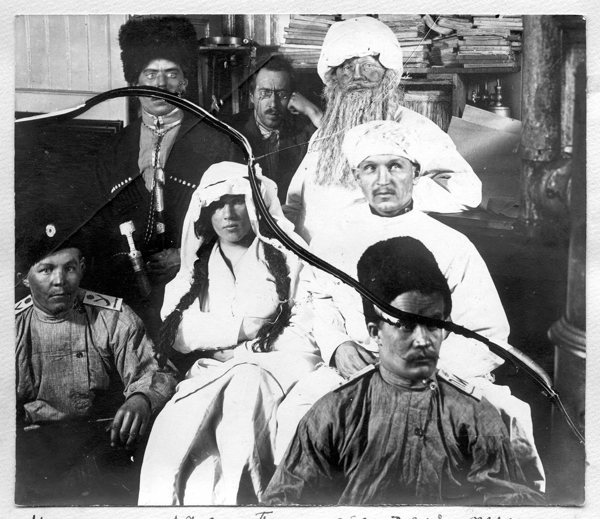 После спектакля пьесы «Тамара» в дни празднования на судне масленицы