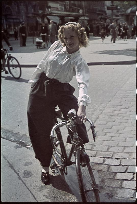 Велосипедистка. Венсен