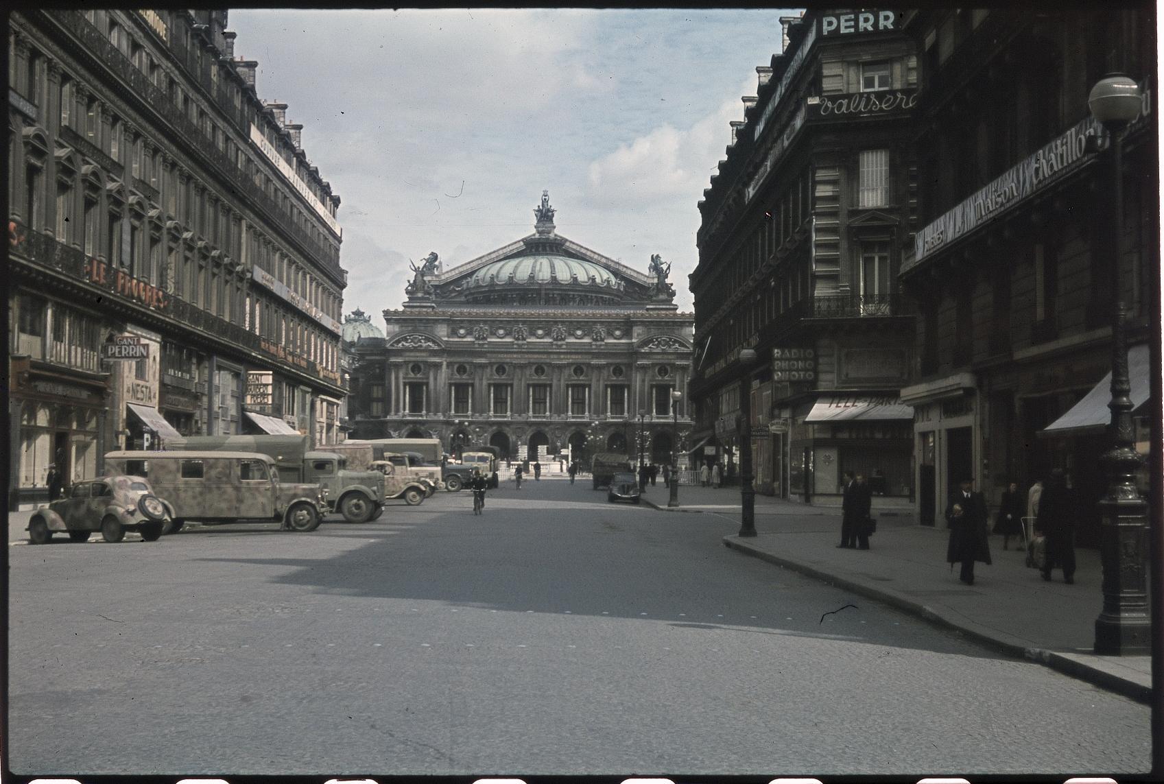 Опера и немецкая автостоянка