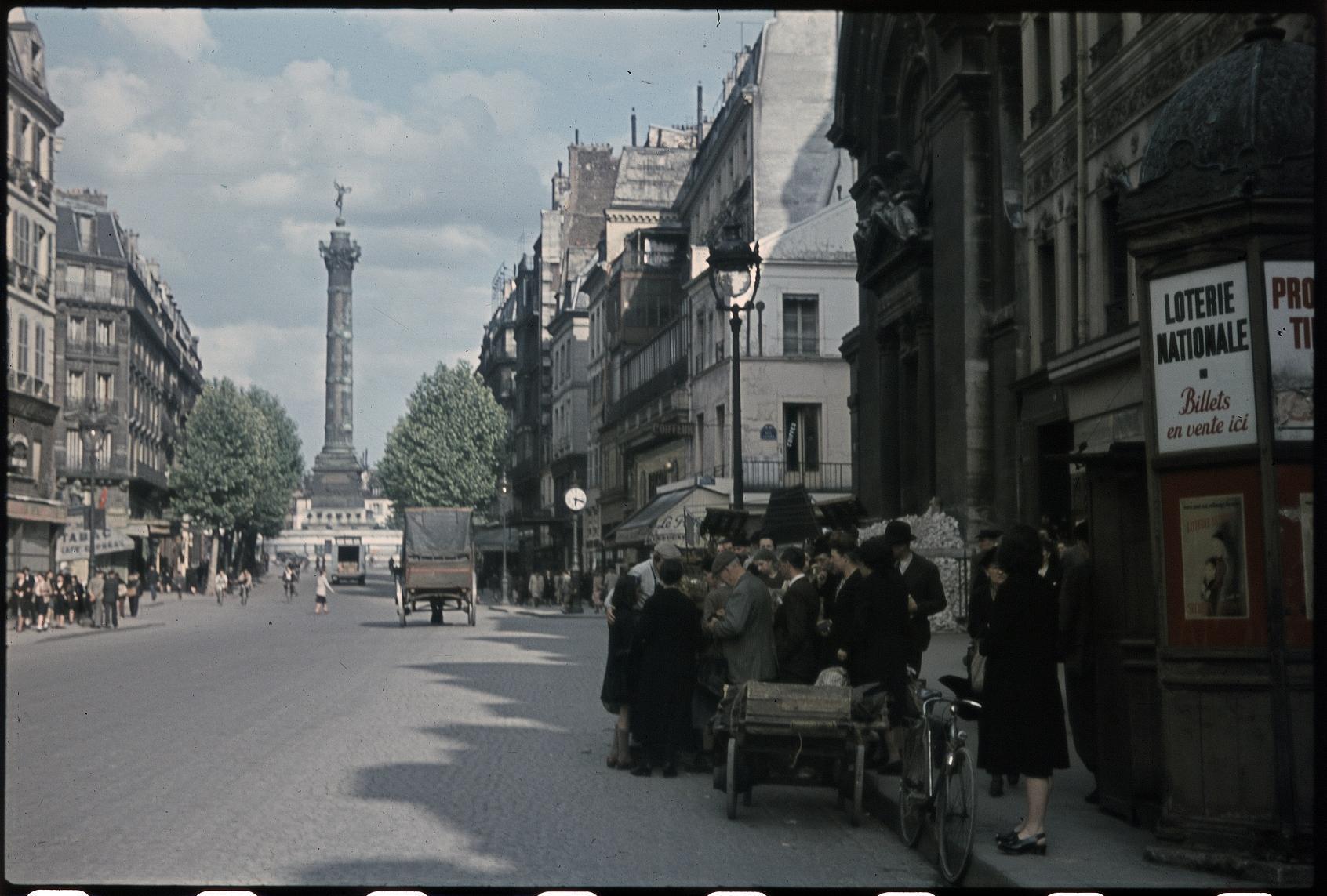 Очередь на улице Сен-Антуан