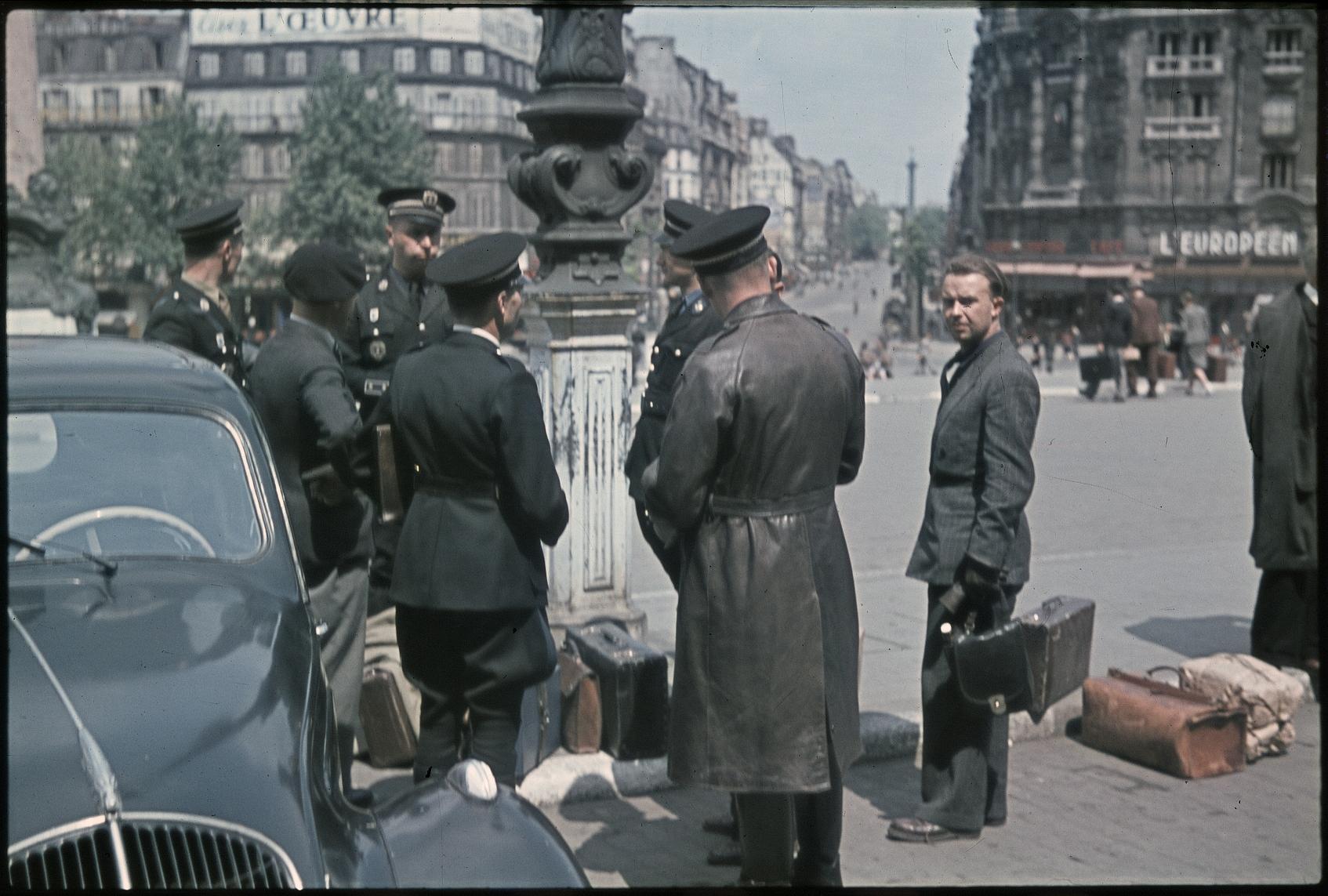 Прибытие милиционеров