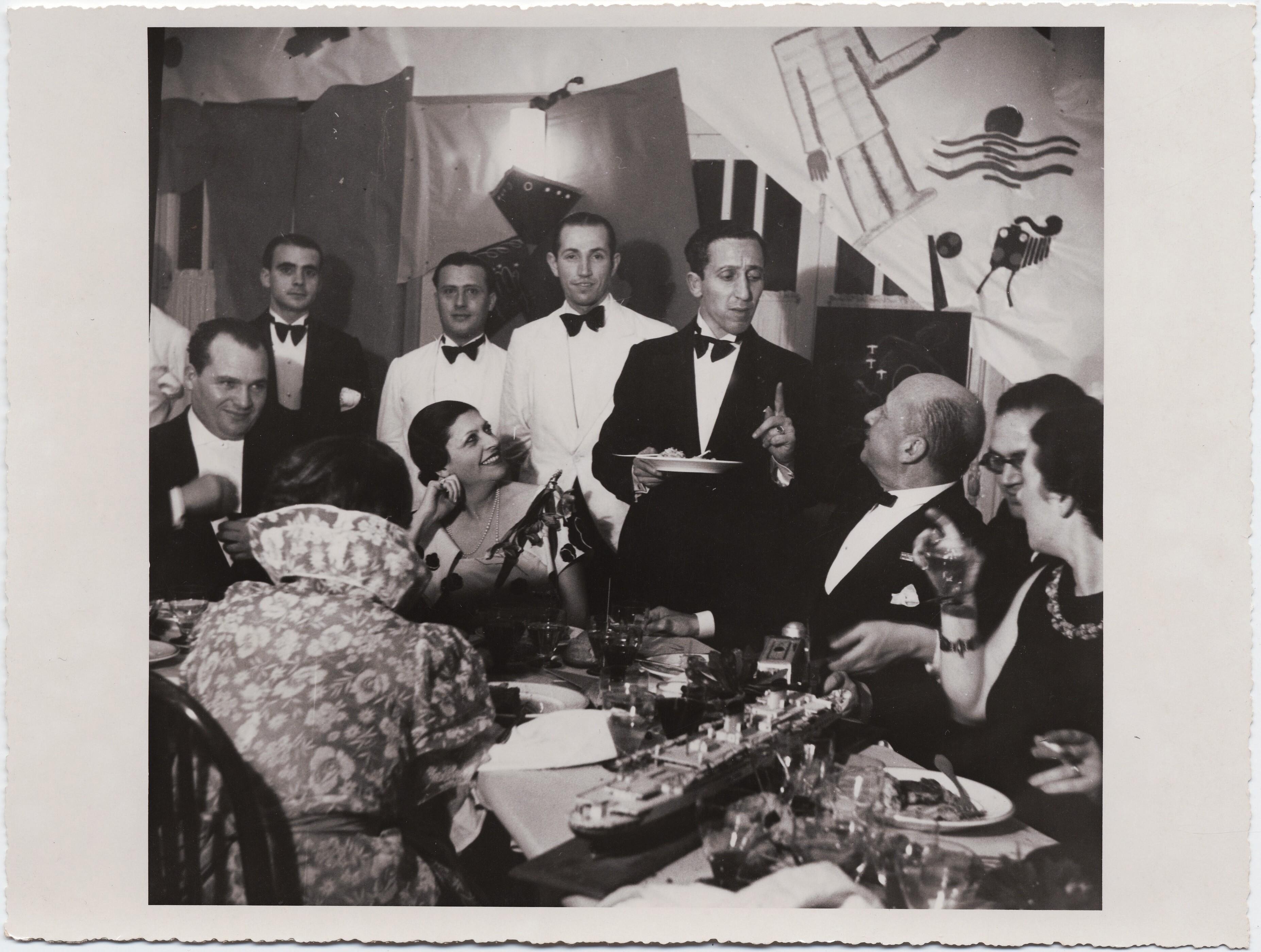 1932. Презентация «Поваренной книги футуриста»