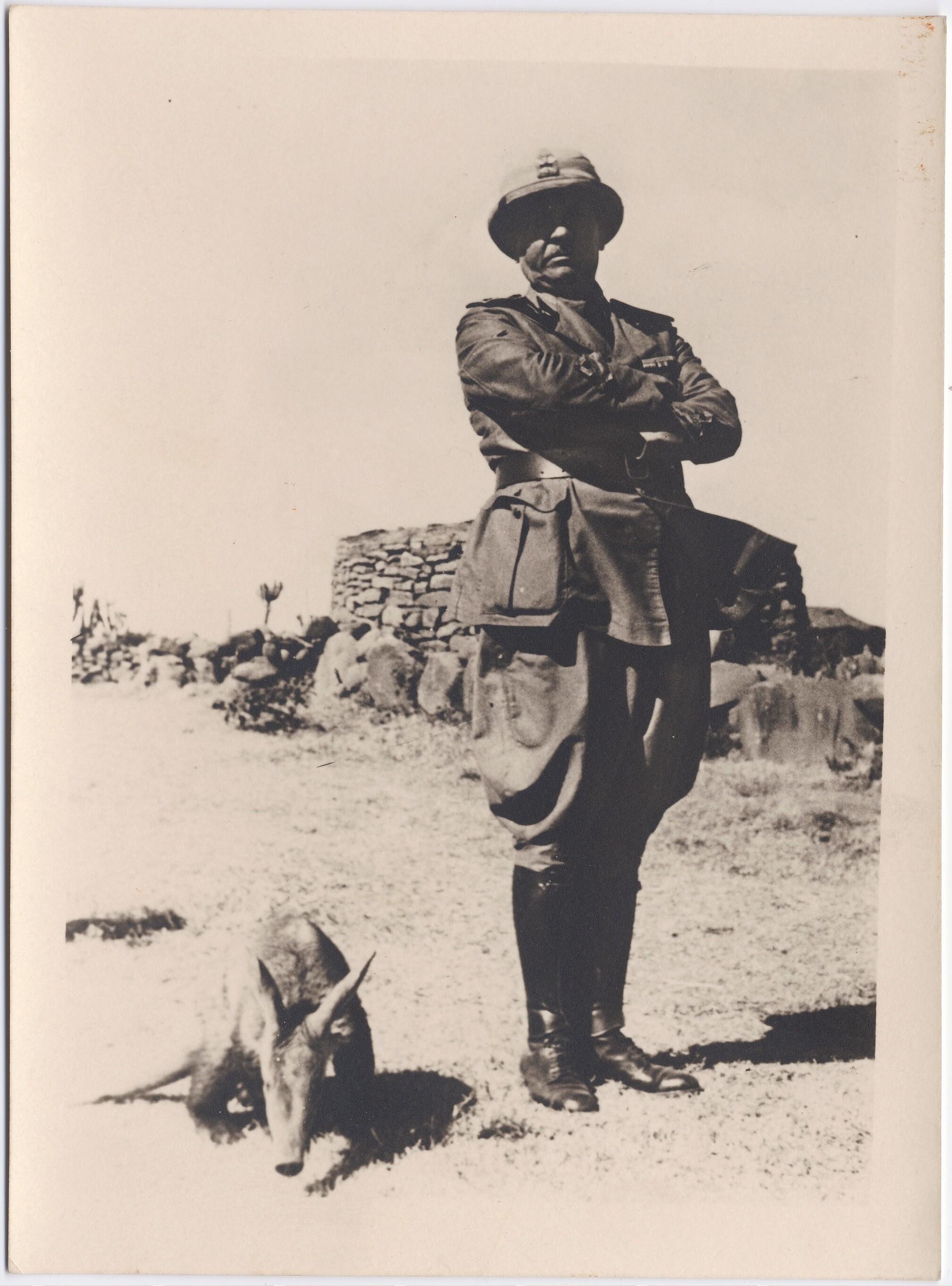 1936. Маринетти с трубкозубом