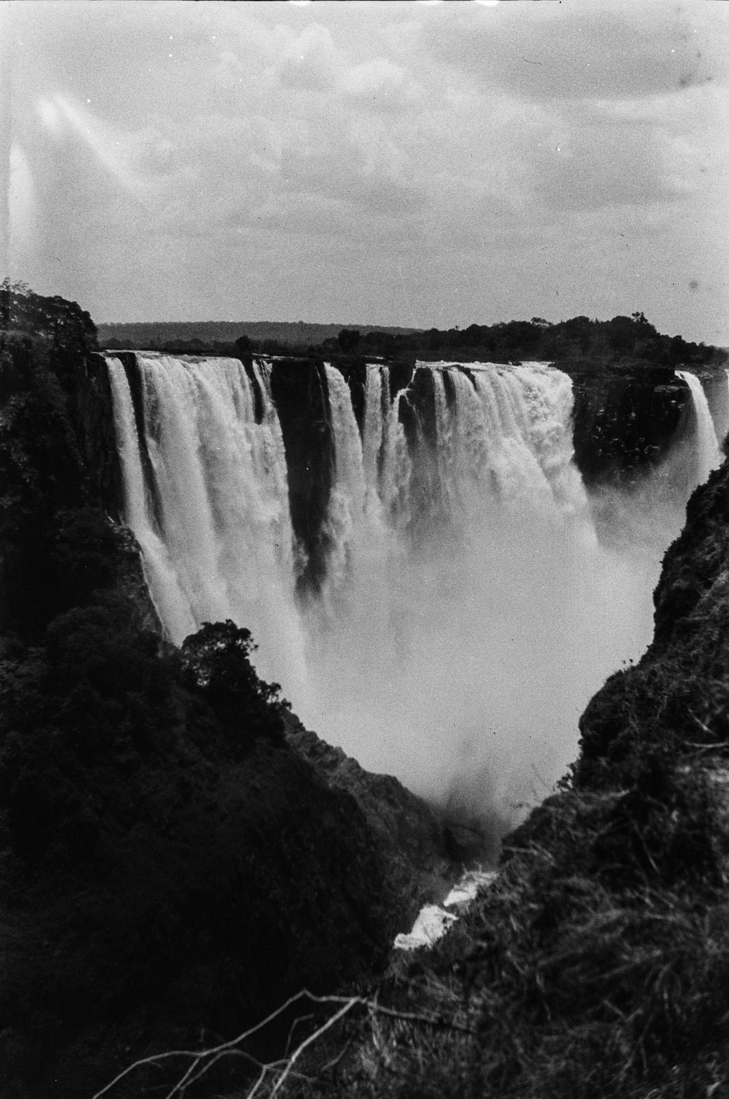 Водопад Виктория реки Замбези. Северная часть