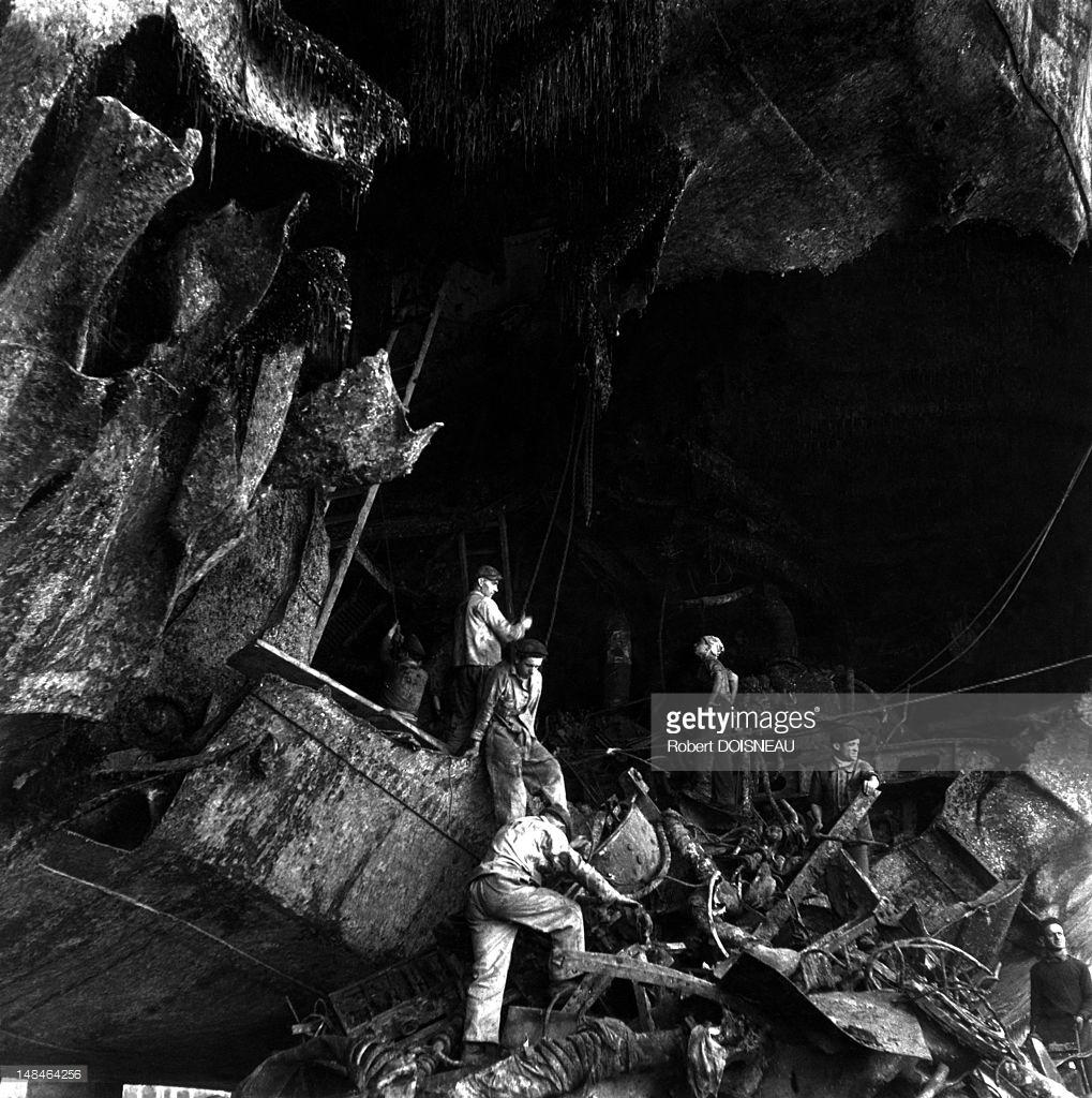 1945. Рабочие в порту Марсель
