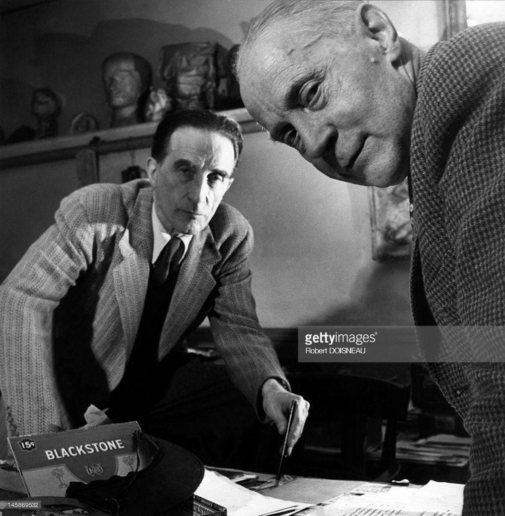 1950. Художники Жак Вийон и Марсель Дюшан в Париже.