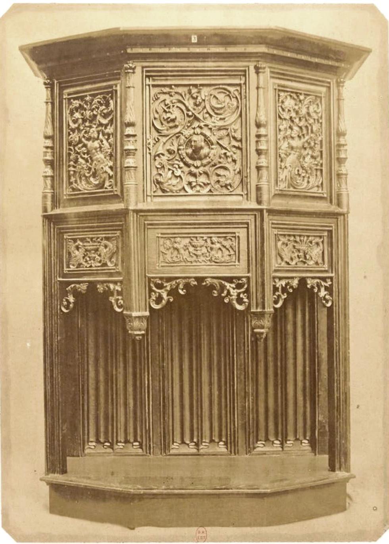 Буфет из резного дуба (1520)