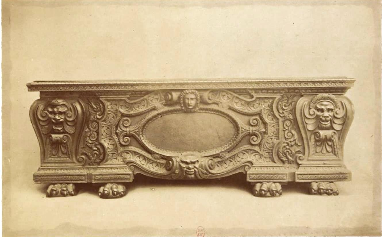 Резной венецианский сундук (1560-1570)