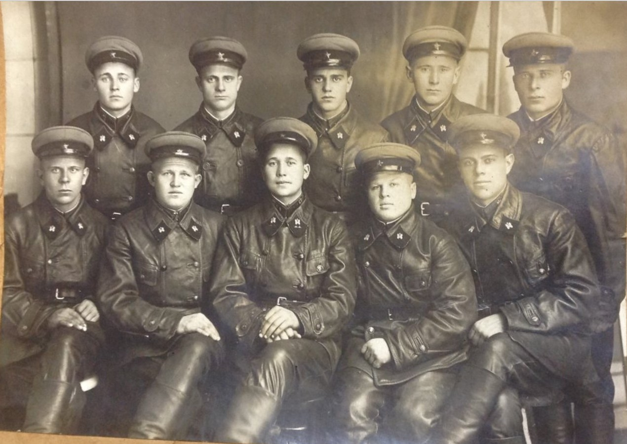 1938. Группа бойцов Автомобильных частей РККА