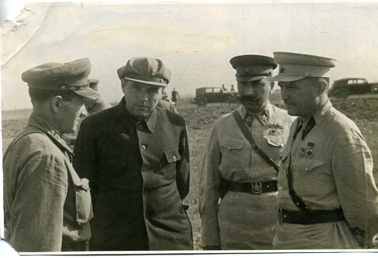 1938. На тактических учениях Московского военного округа