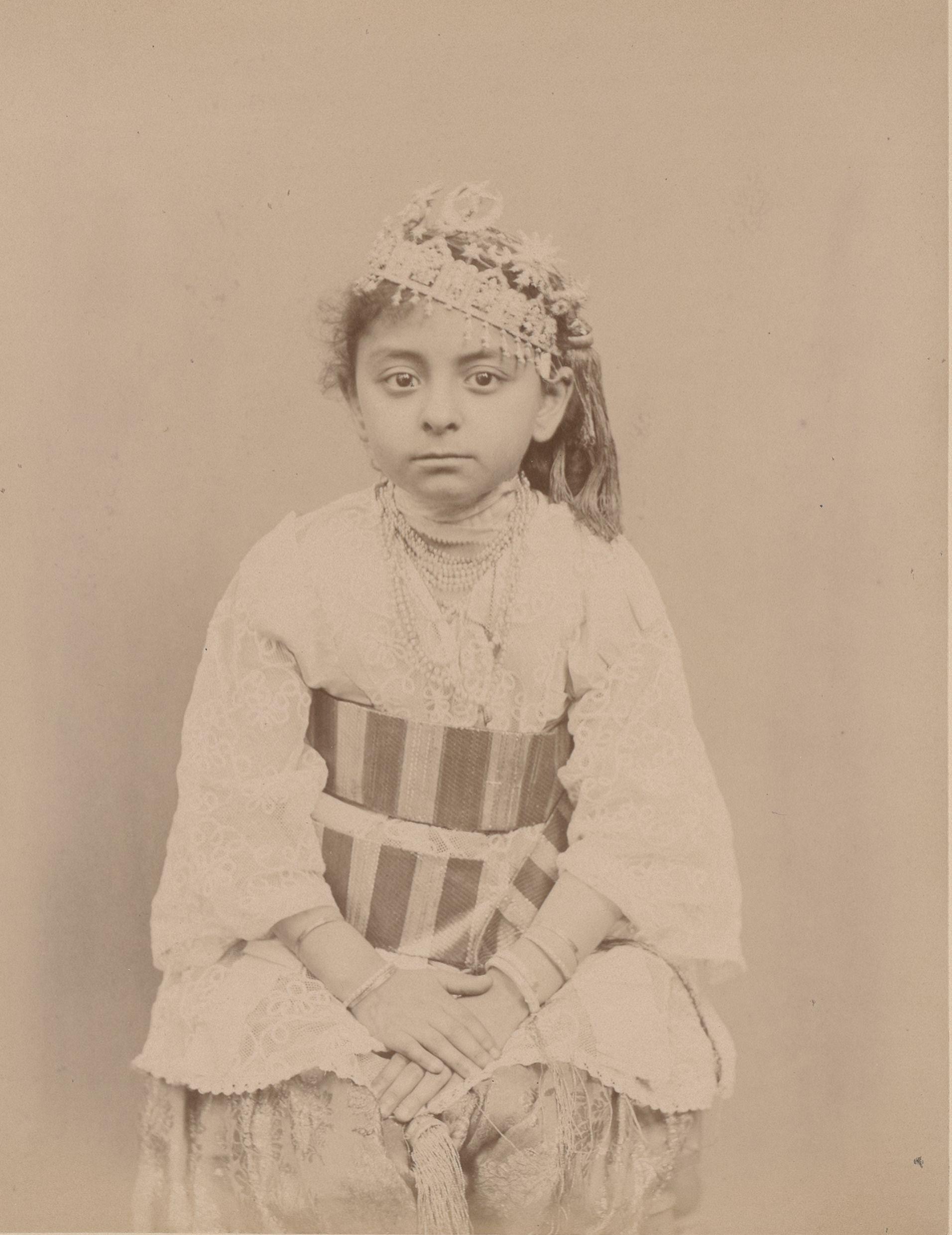 Матильда, родившаяся в Алжире, дочь Мосифи