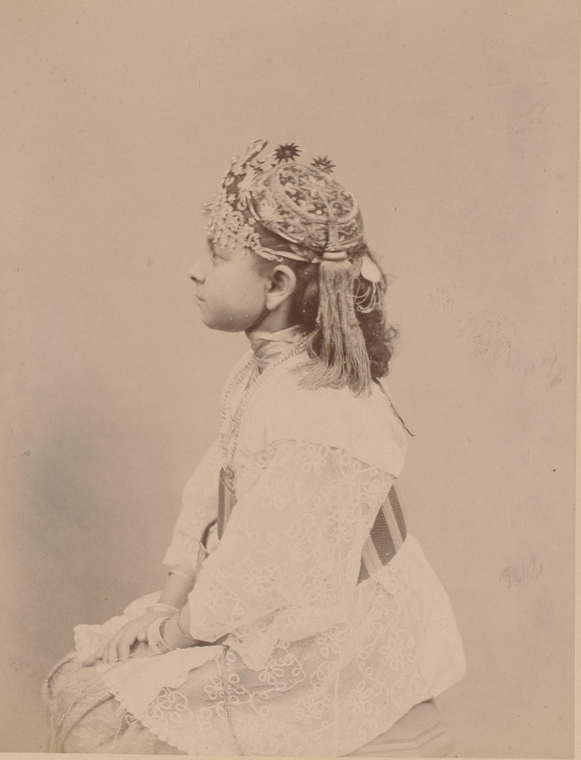 Матильда, родившаяся в Алжире, дочь Мосифи1