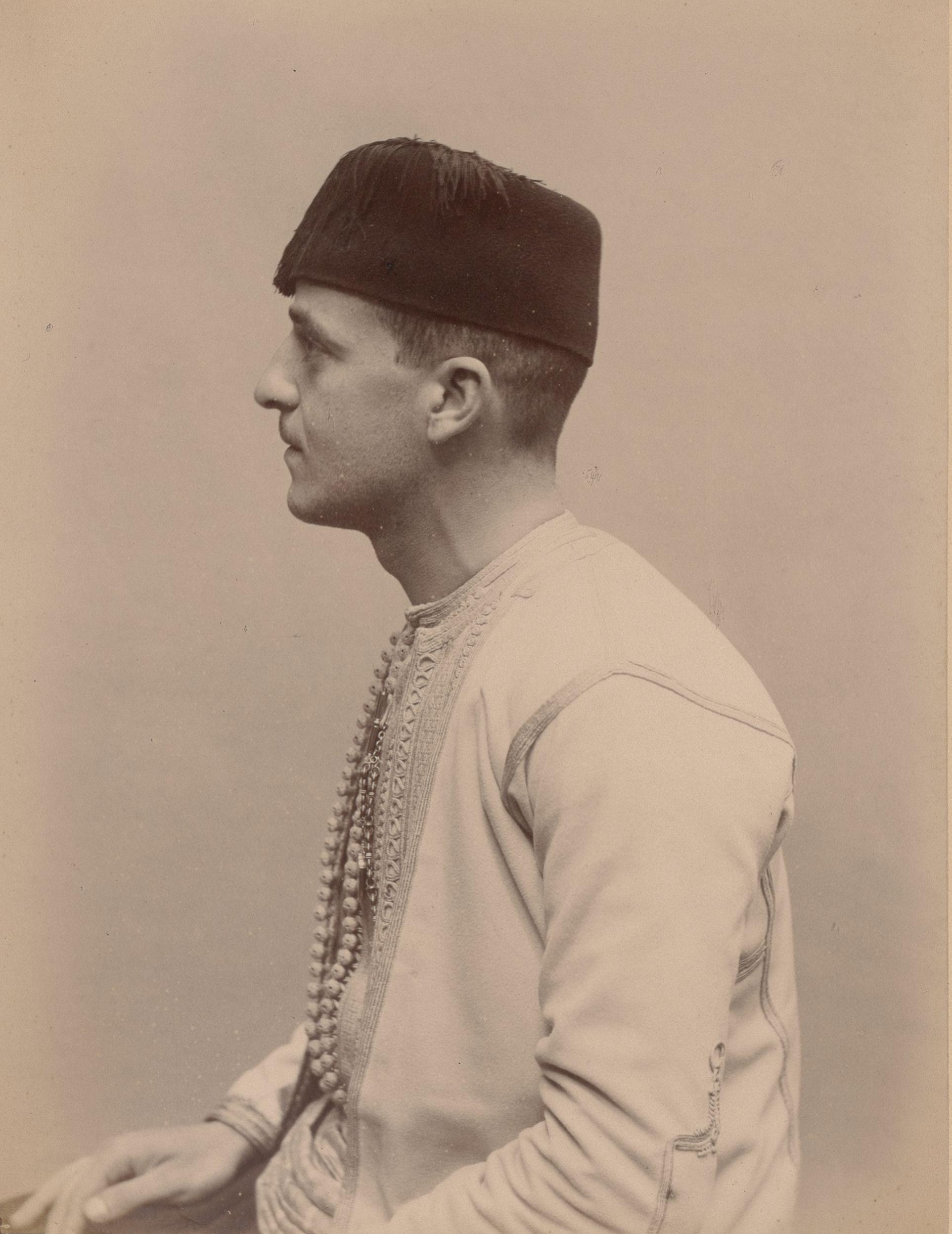 Месгич (Исаак) 24 года, родился в Алжире (профиль)