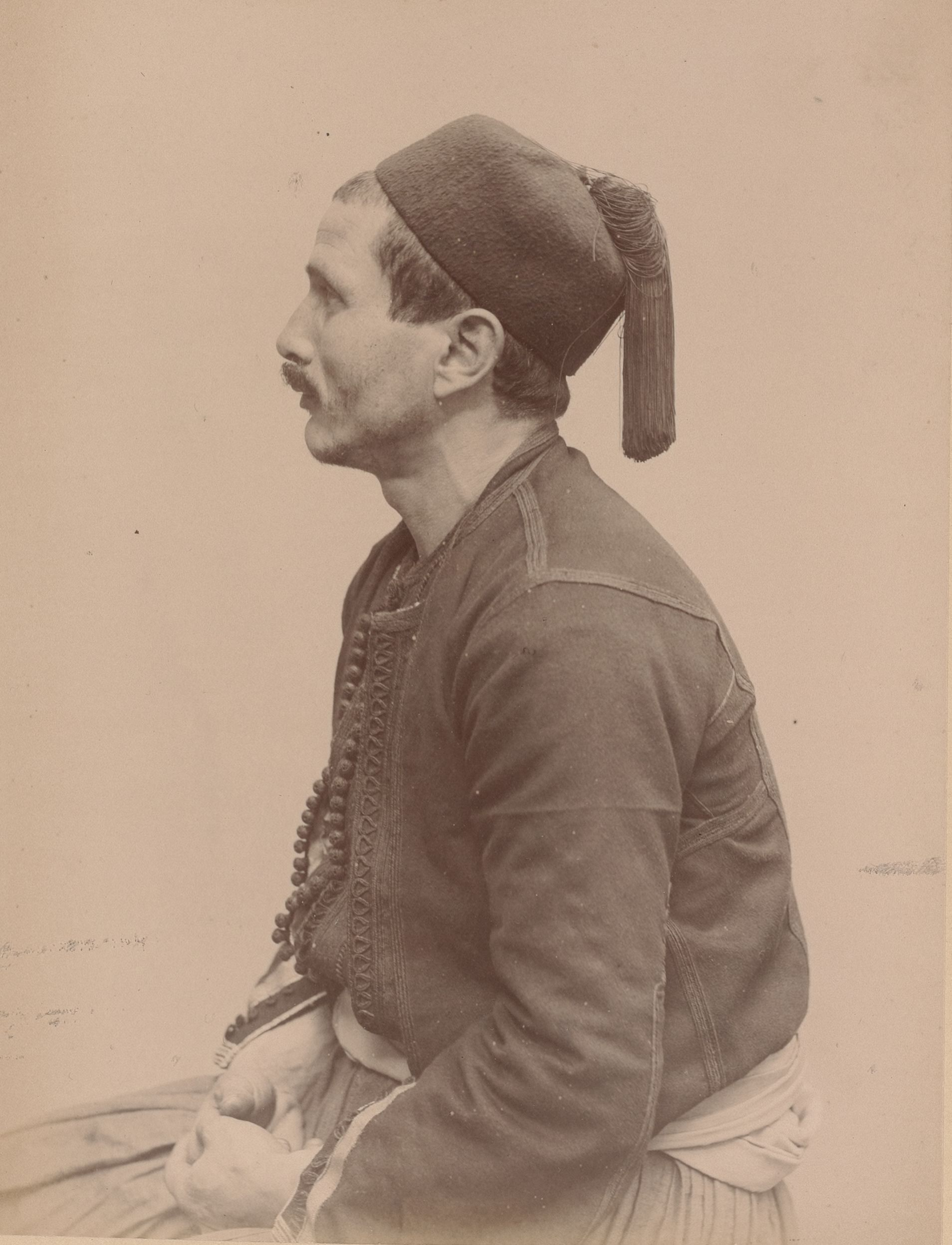 Мохамед, 30, Алжир, Аифсаона, сапожник (вид в профиль)