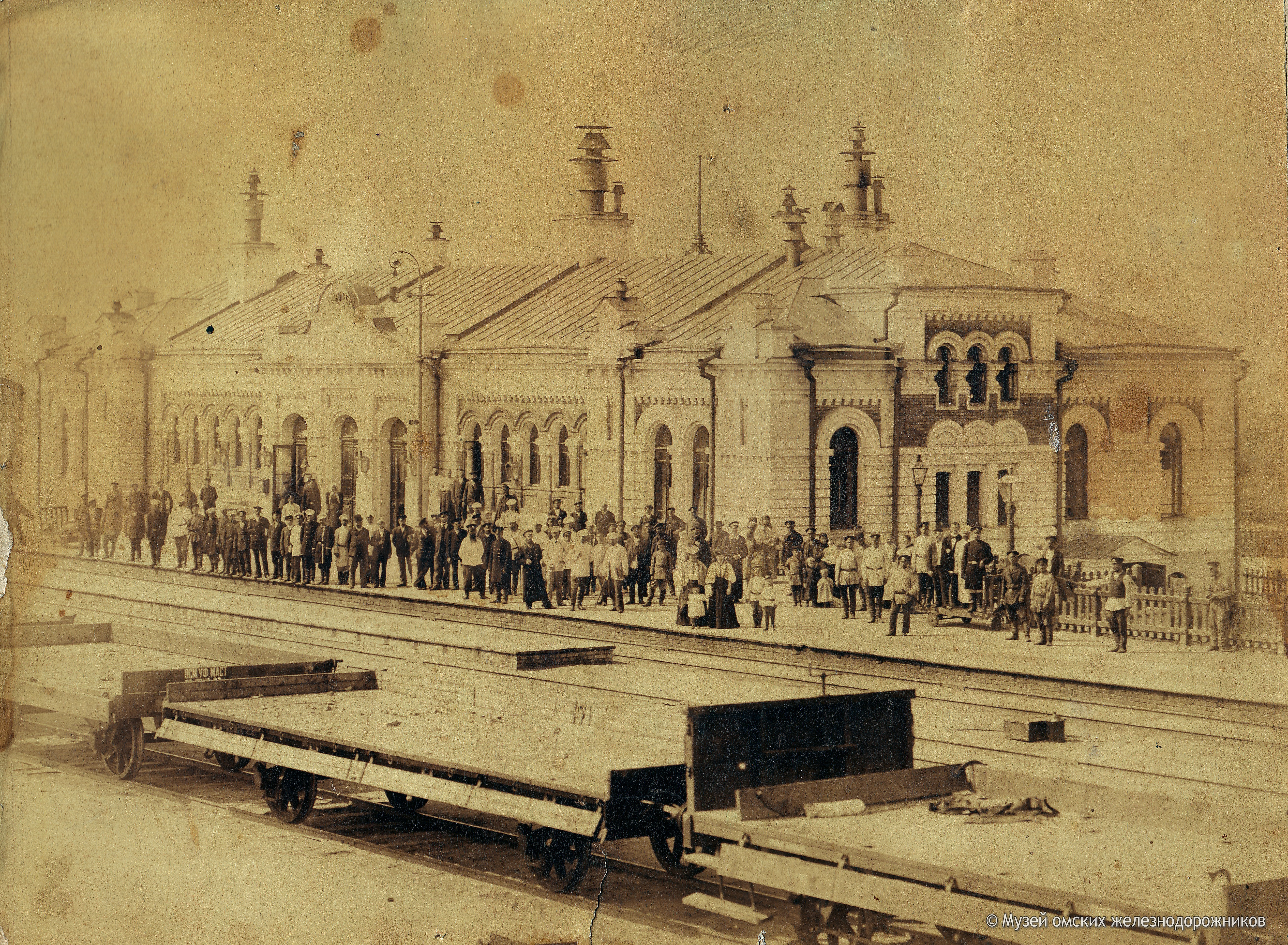 1901. Первый железнодорожный вокзал станции Омск до реконструкции