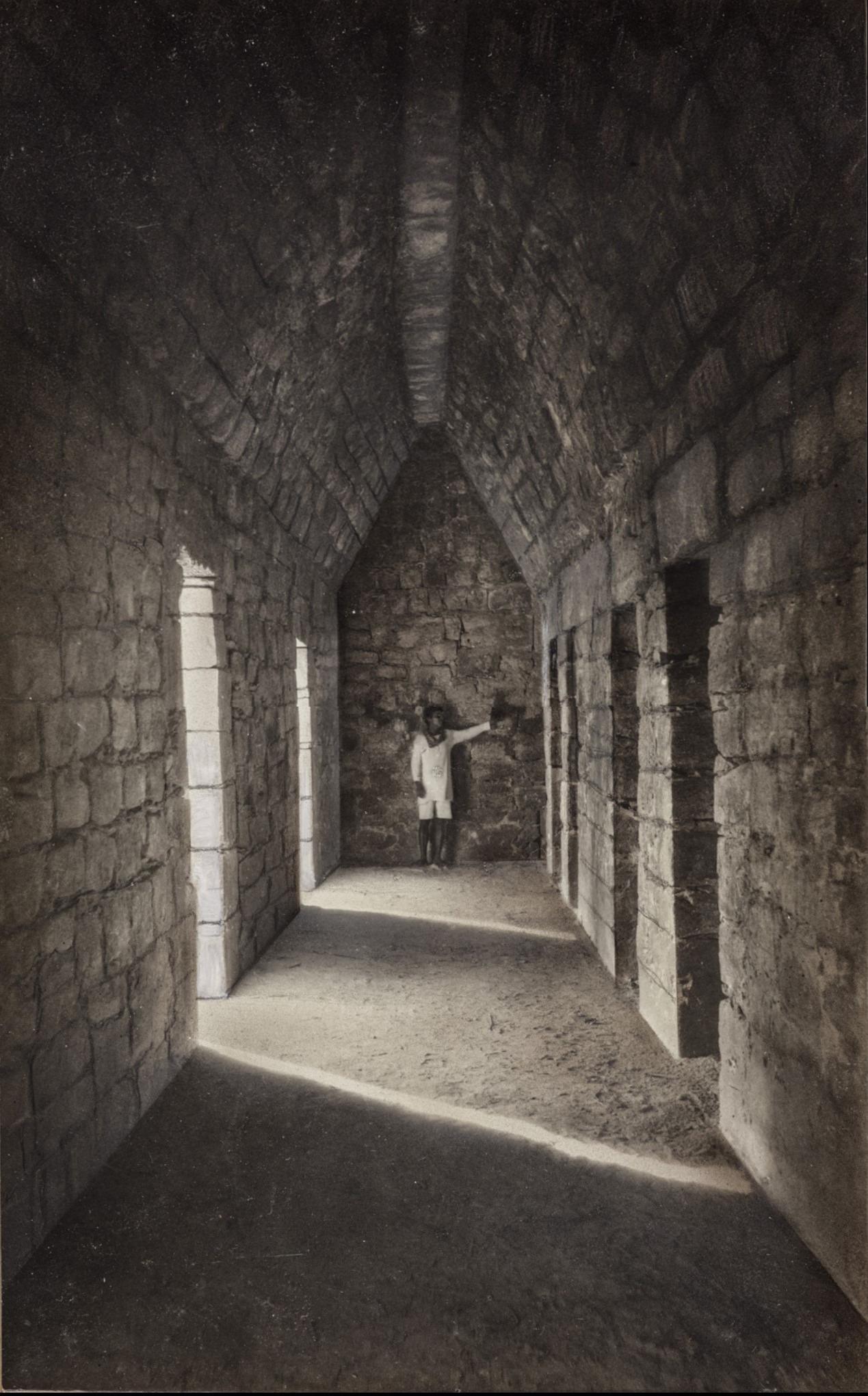 Чичен-Ица. Пирамида Кукулькан. Подземелье внутри пирамиды