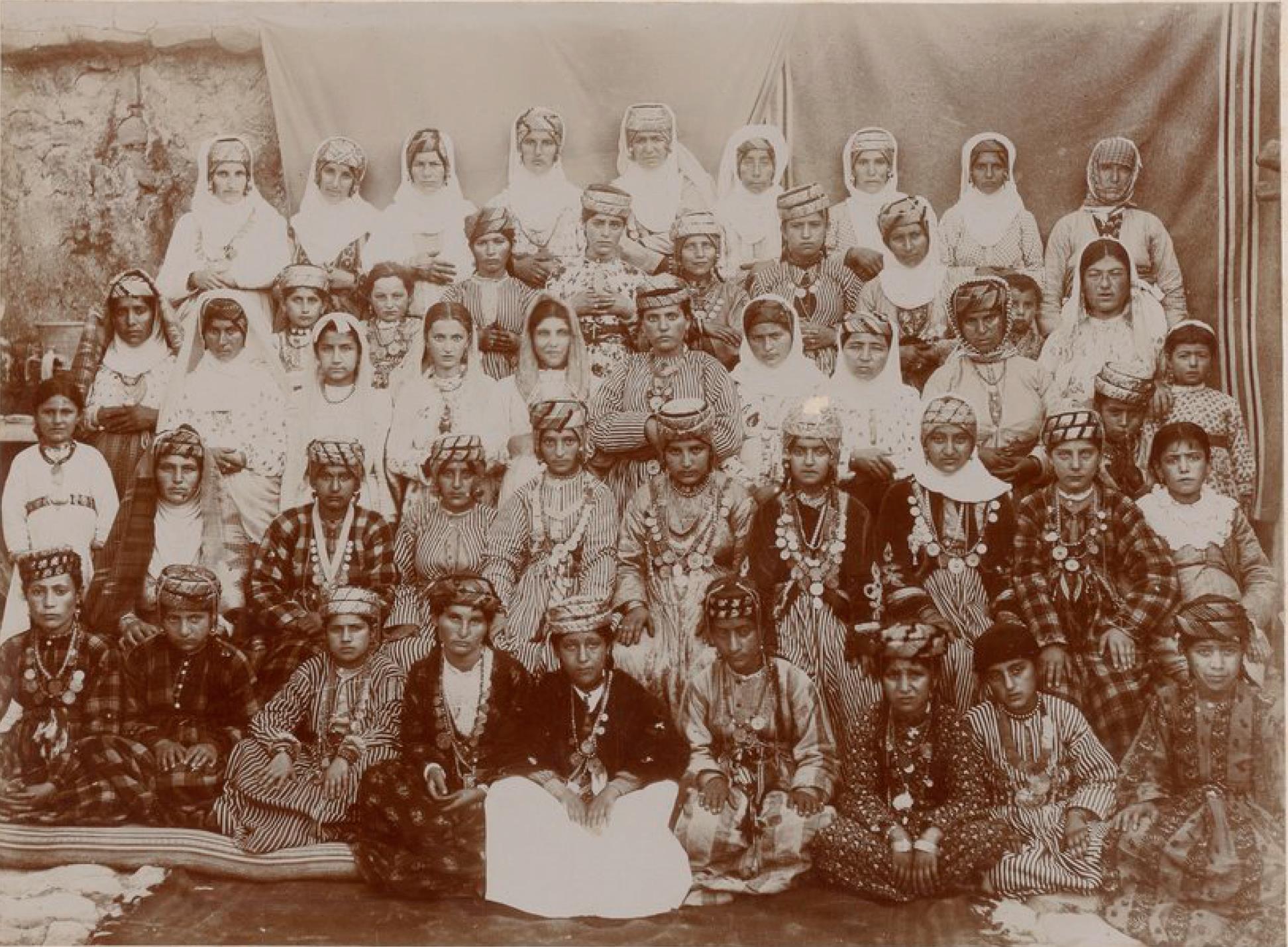 Мардин. Сирийские и халдейские женщины