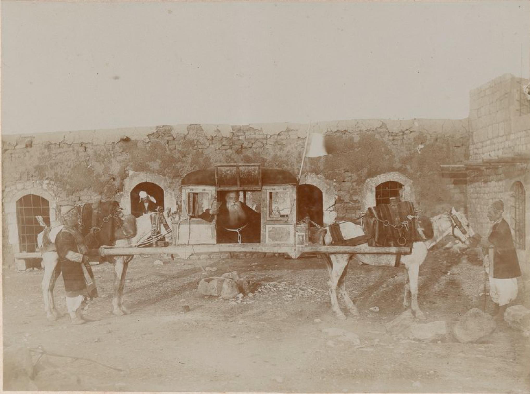 Тахтаруан, транспортное средство, используемое при поездках по Месопотамии