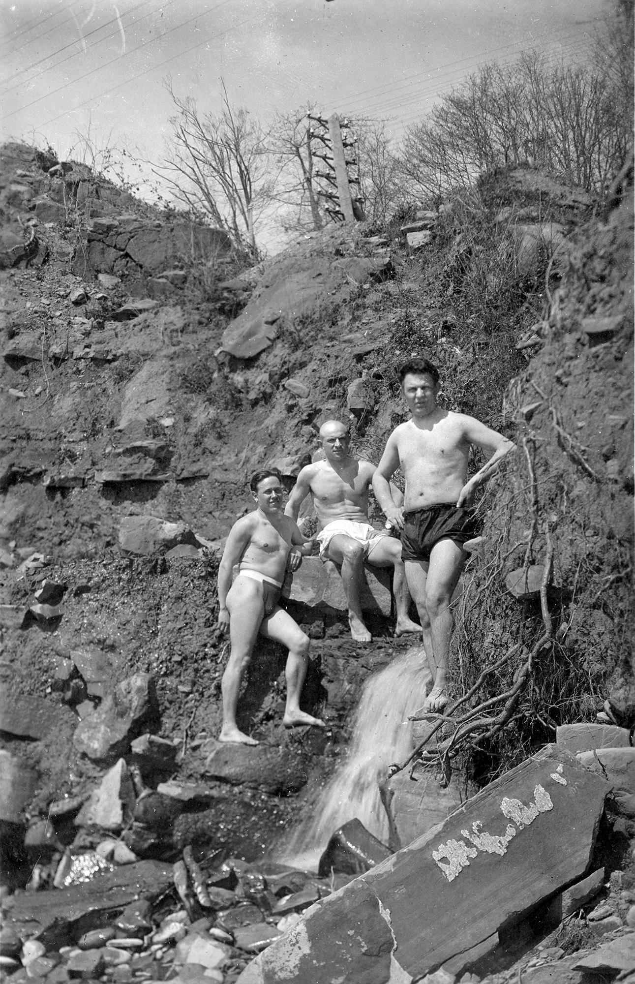1938. Сочи. Санаторий НКВД №4. «На пляже».