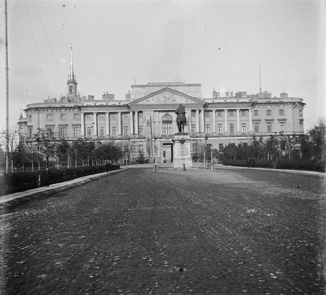 Михайловский замок